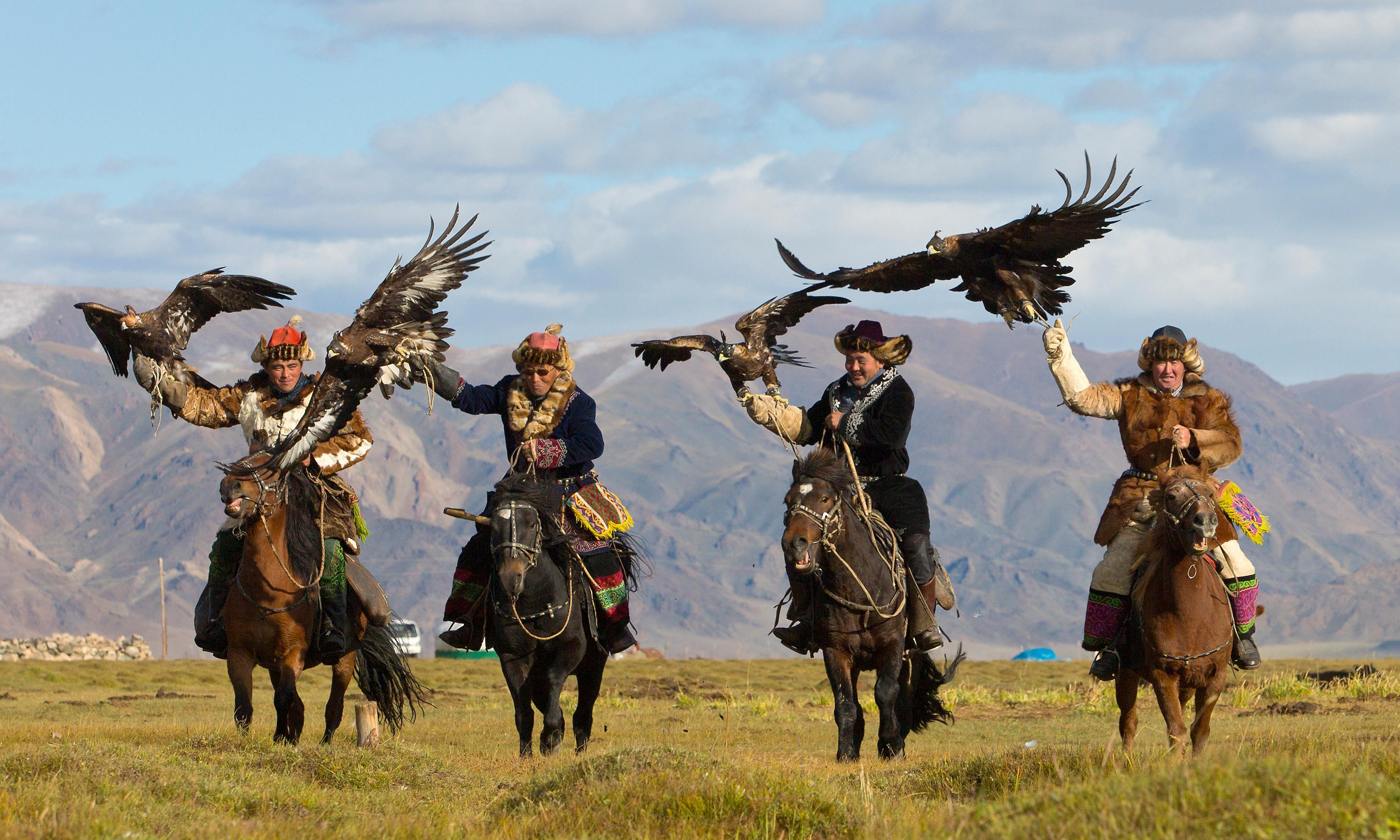 Eagle hunters, yurts and greasy mutton: how food poisoning in Mongolia brought me closer to nature