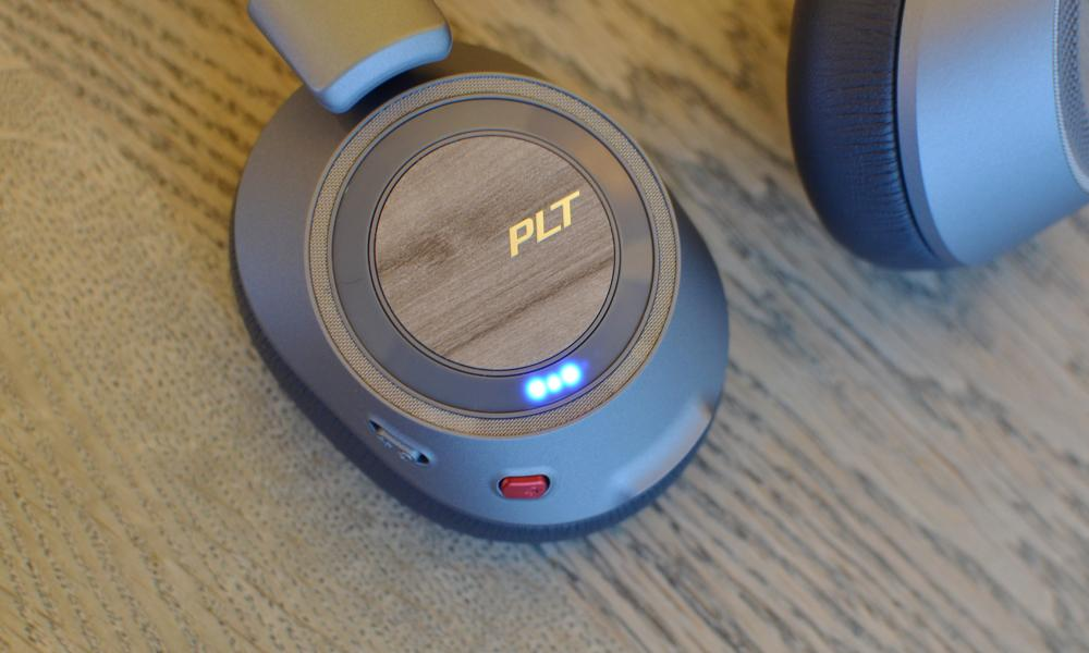Plantronics backbeat Pro 2 review - battery meter