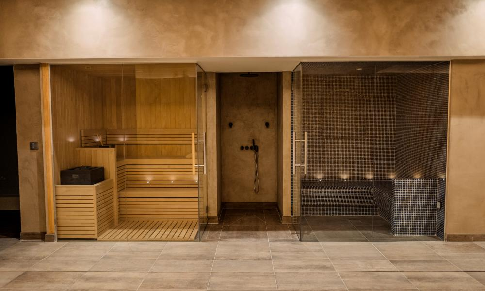 The sauna and steam room at Havona House, Pembridge Villas.