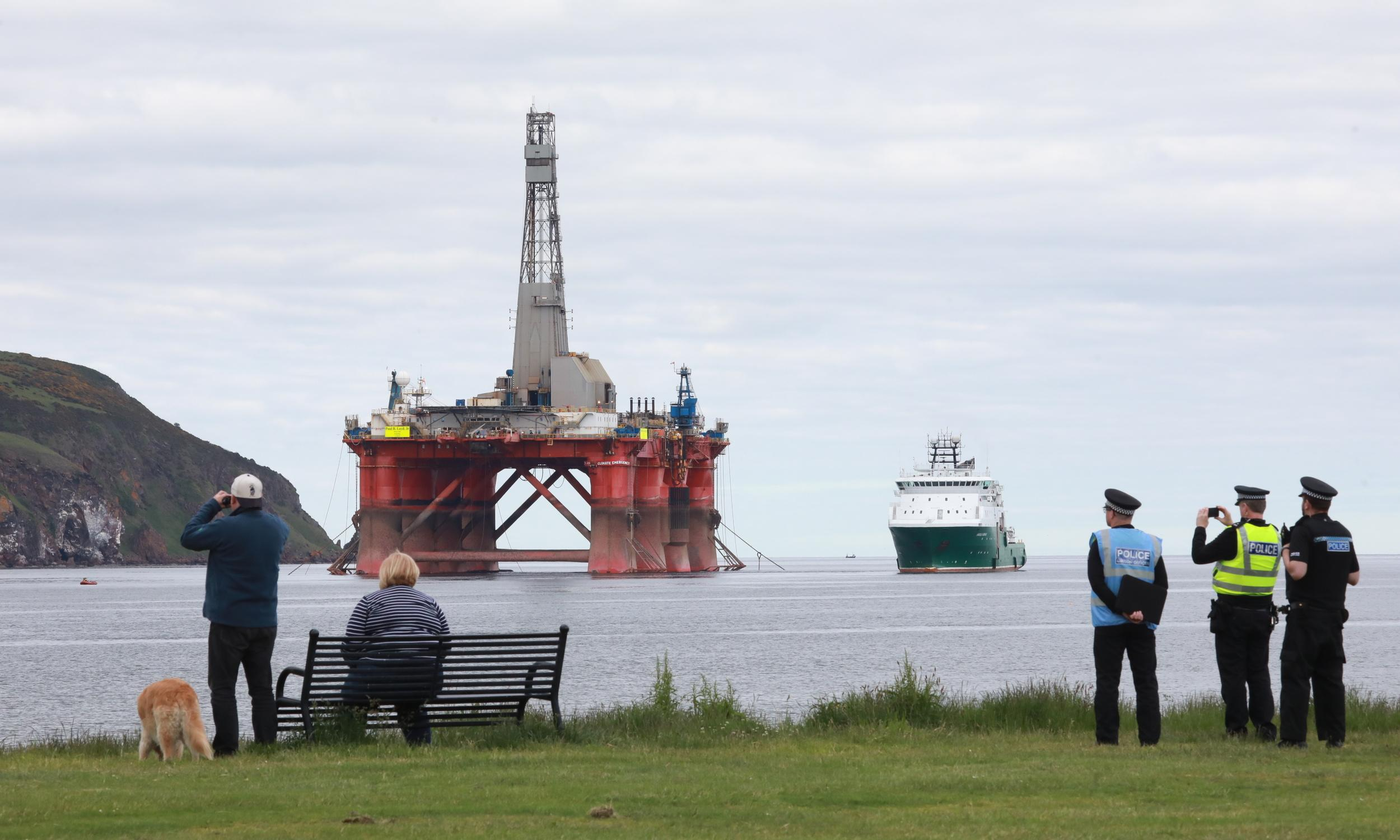 Scottish court asked to jail Greenpeace chiefs over North Sea protest