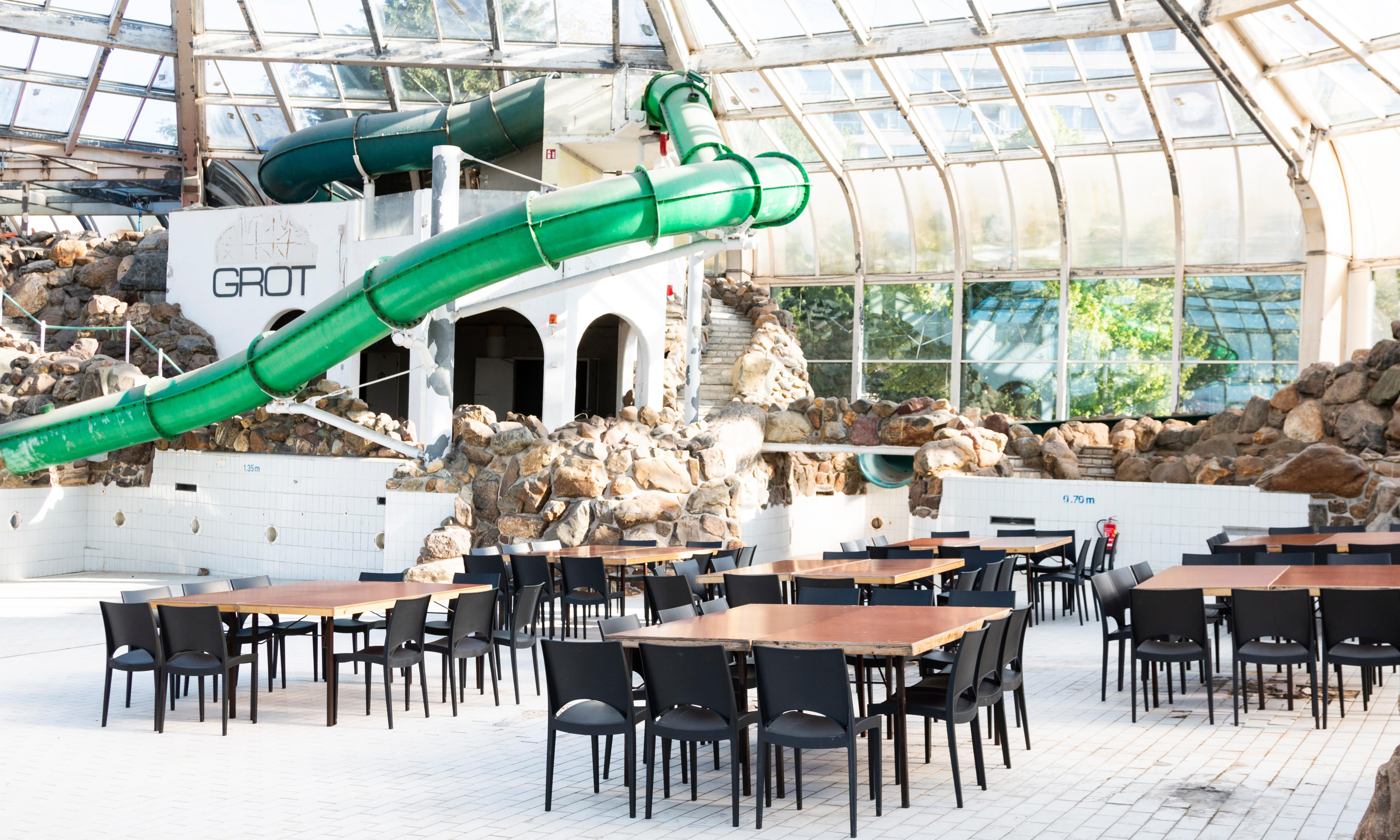 What do you do with a derelict Center Parcs? Map out a waste-free world