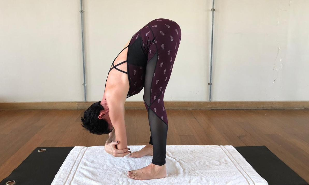 Fitness tips: yoga to relieve tense shoulders