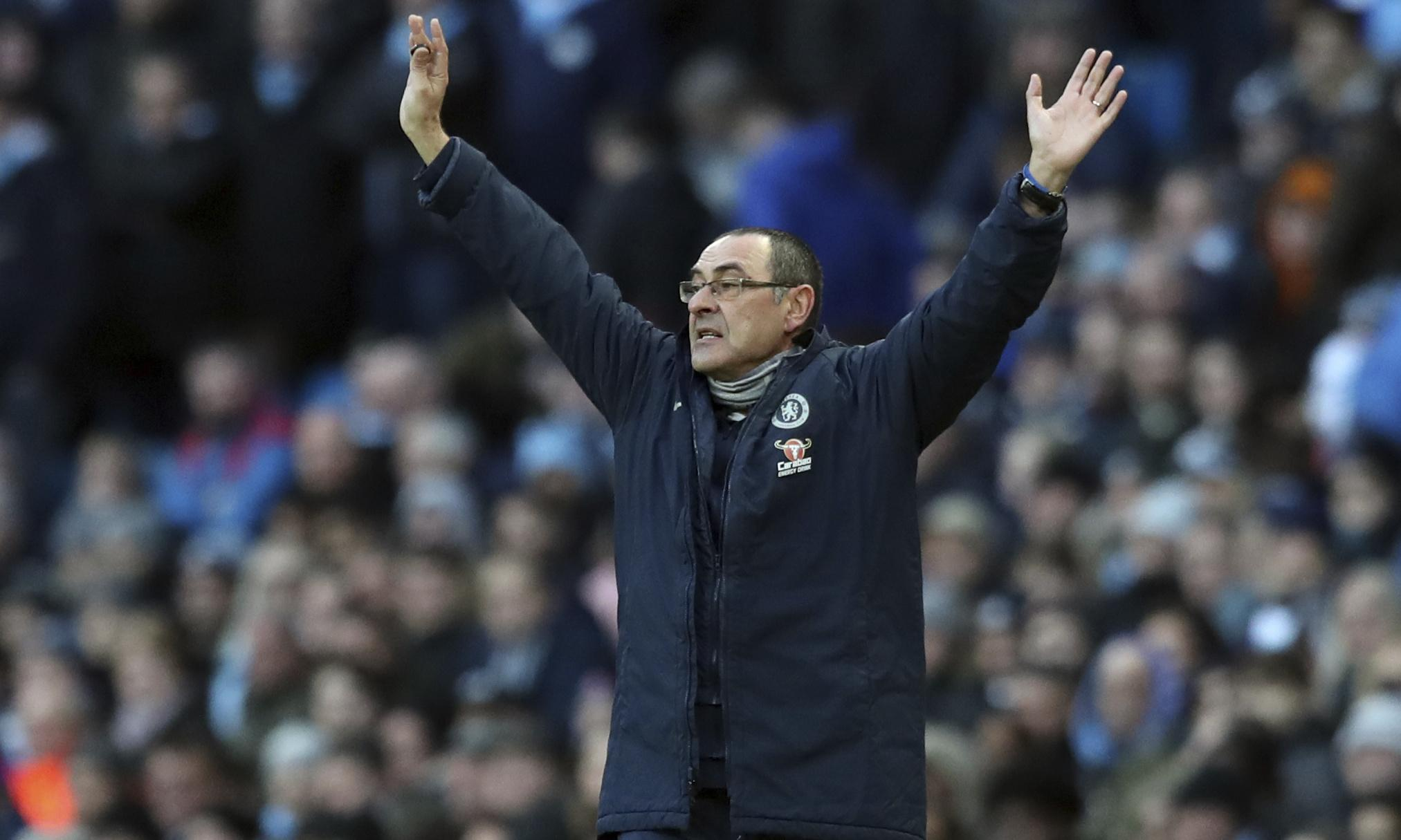 Maurizio Sarri must be given more time to adapt Chelsea, says Gianfranco Zola