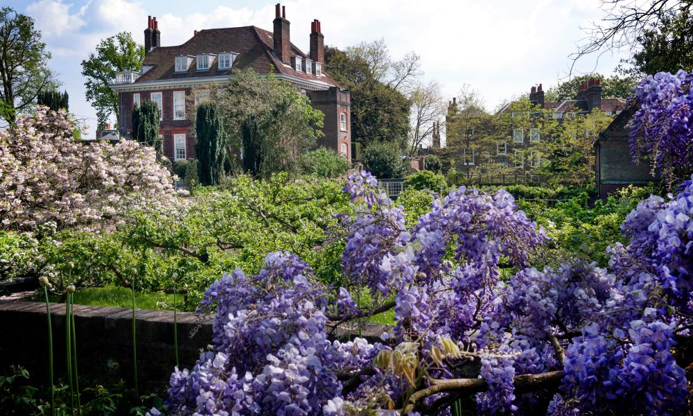 Fenton House and garden, wisteria in foreground