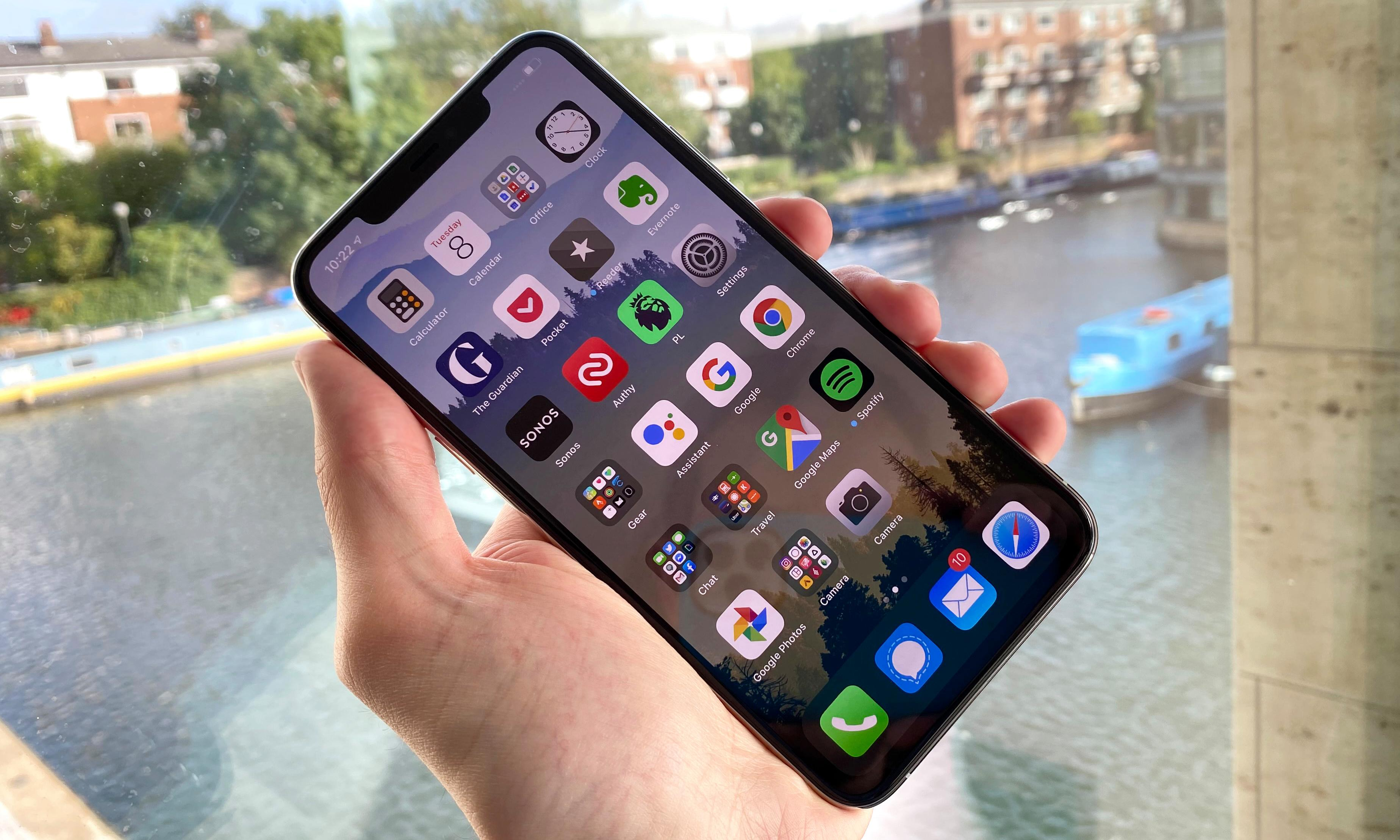 iPhone 11 Pro Max review: salvaged by epic battery life