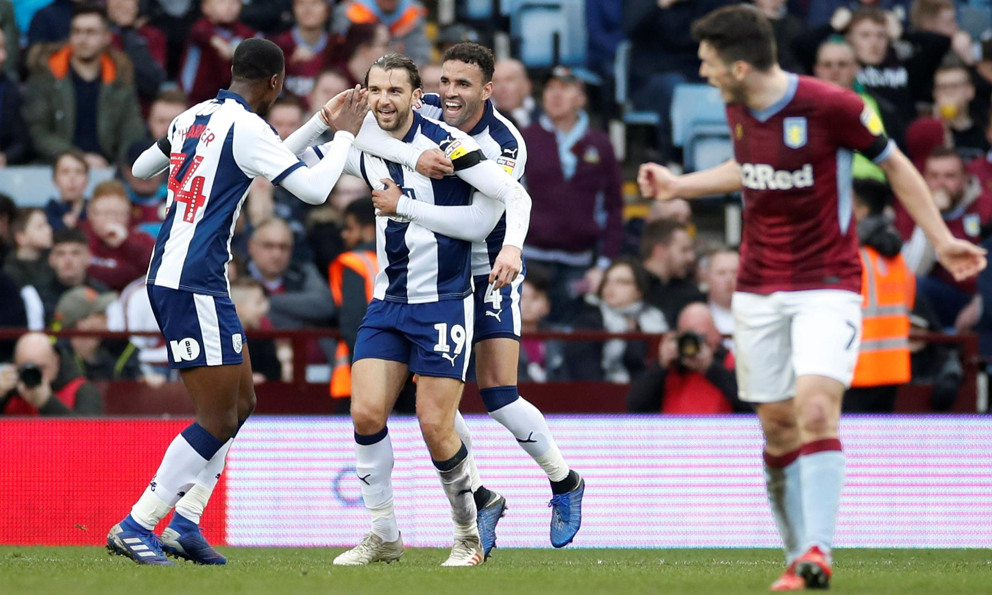 West Brom keep pace after win at Aston Villa as Blades carve up Reading