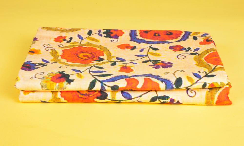 LES OTTOMANS Floral-print 250cm x 150cm cotton-twill tablecloth £85