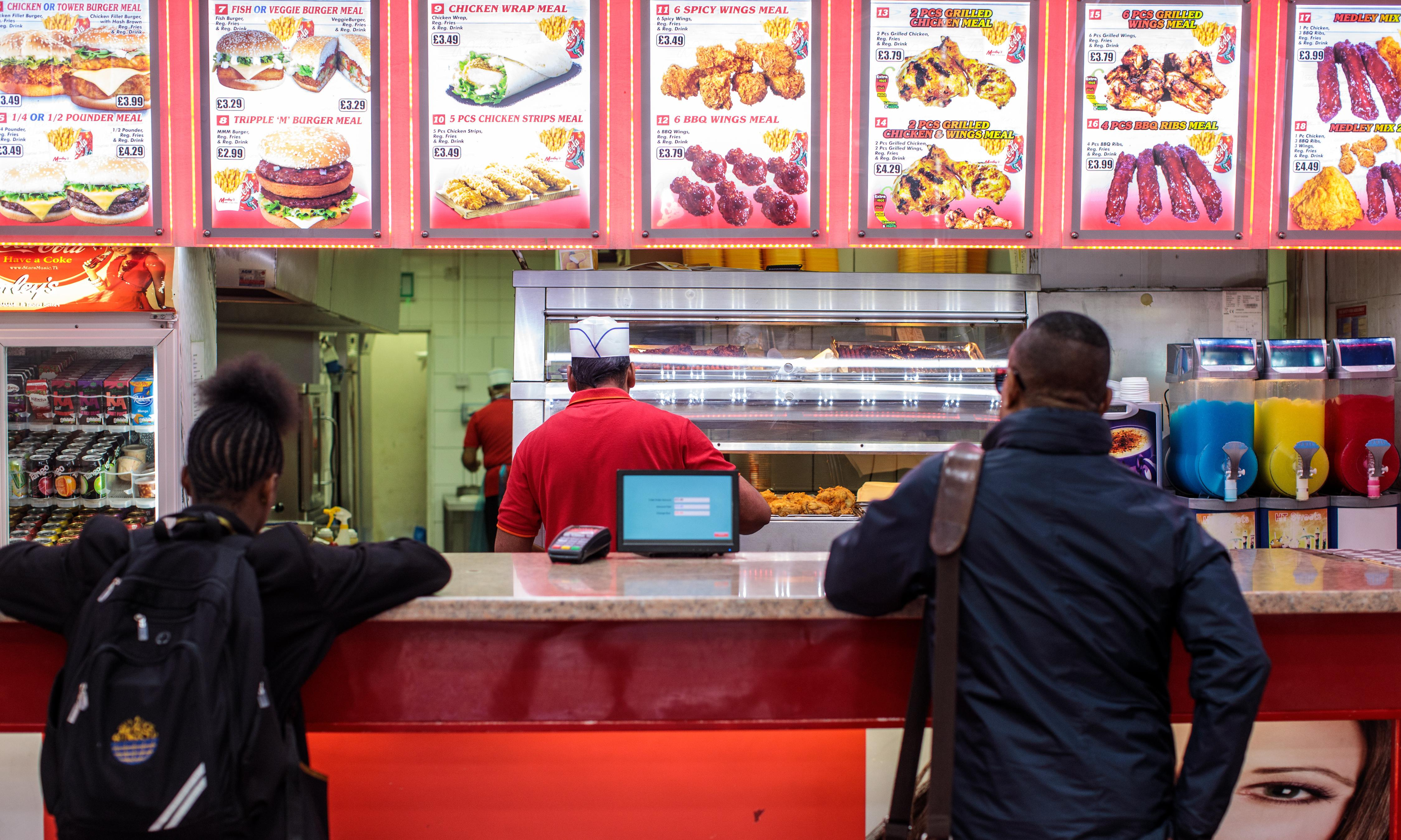 Junk food cravings linked to lack of sleep, study suggests