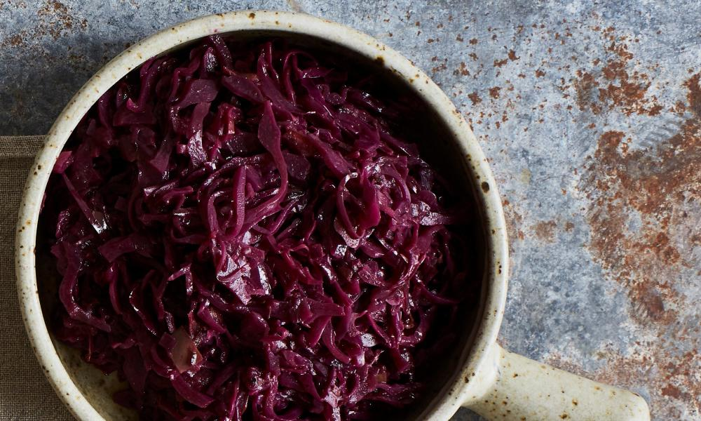 Rachel Roddy's braised red cabbage.