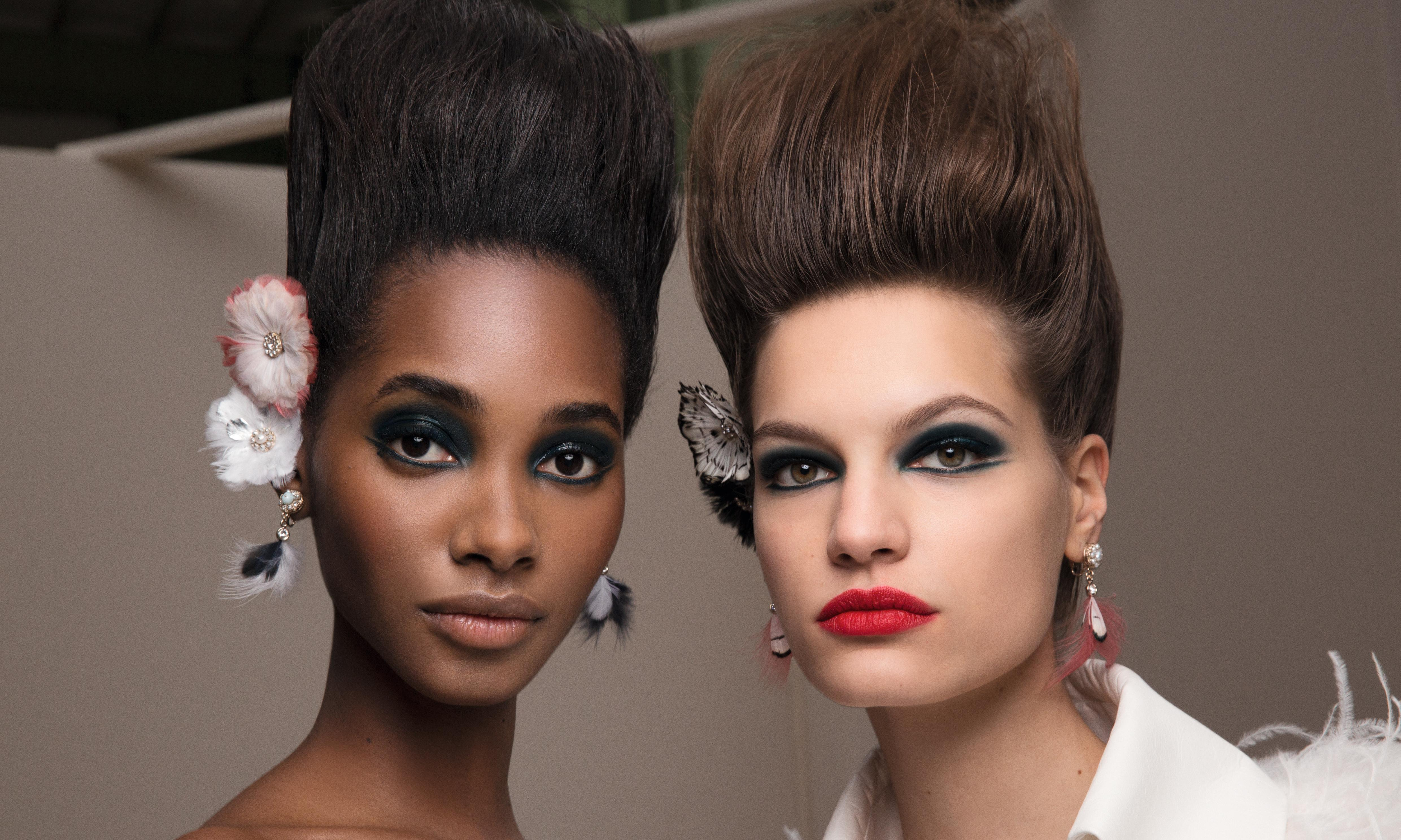 Beauty tips: putting the focus on both eyes and lips