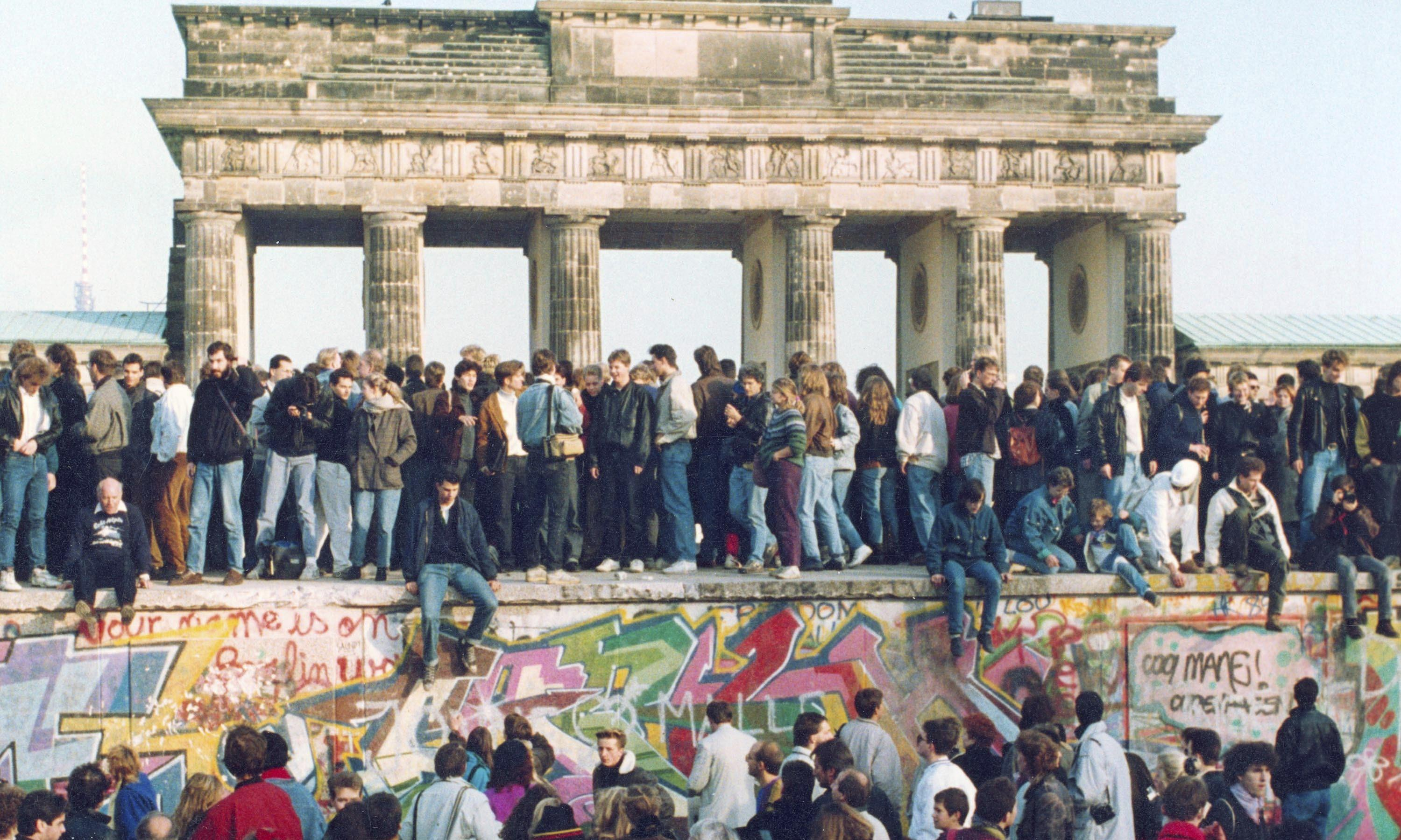 'We finished every bottle!' Berlin's cultural legends on the night the Wall came down