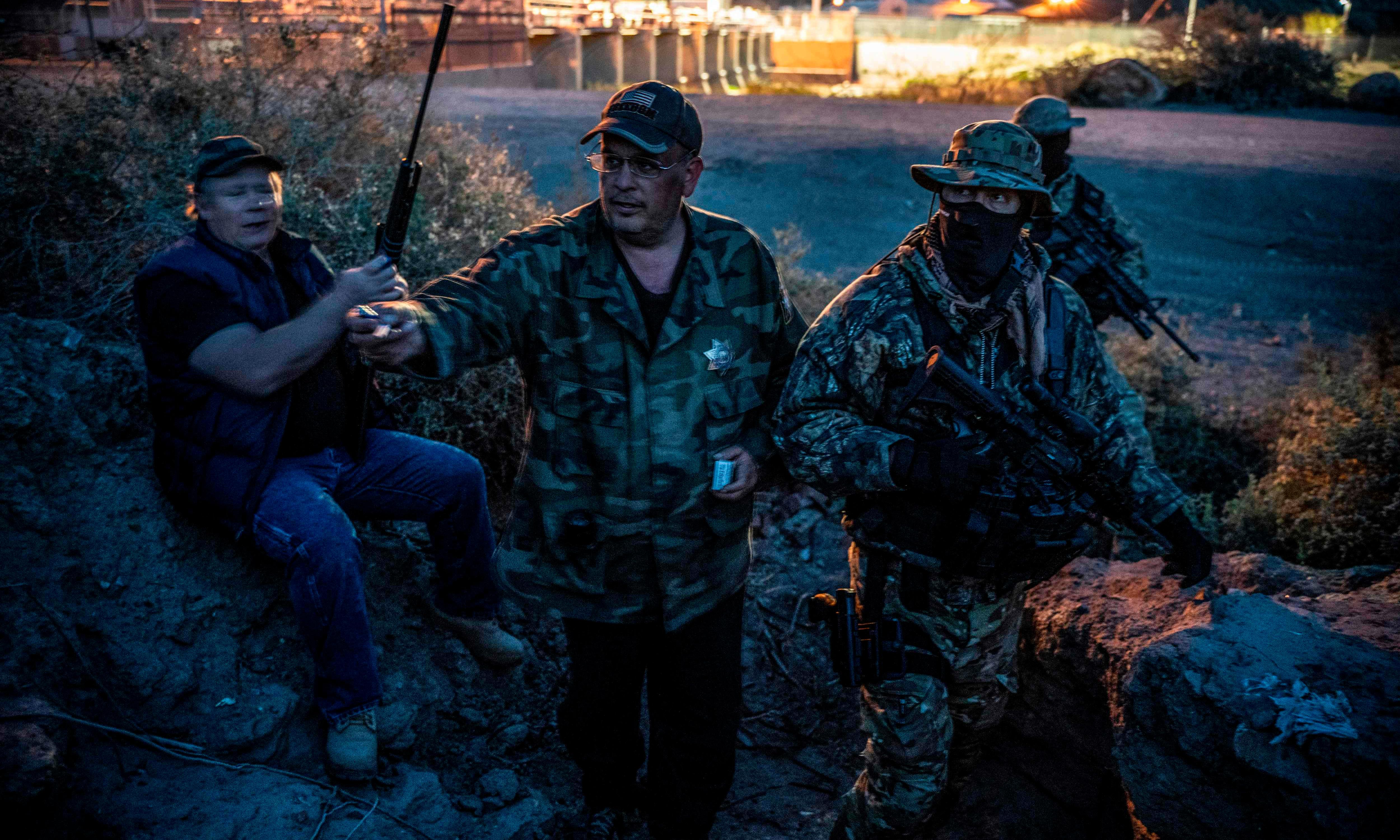 Anti-immigrant militia member charged with impersonating US border patrol