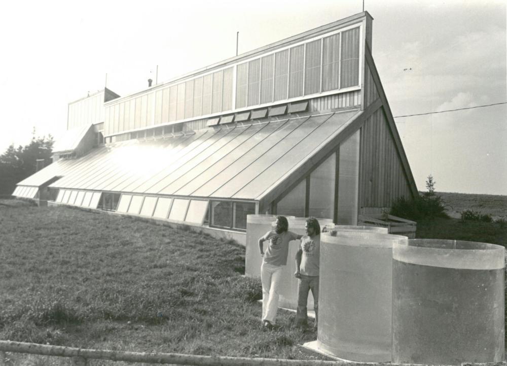Architects David Bergmark and Ole Hammarlund, outside the ark for Prince Edward Island, autumn 1976.
