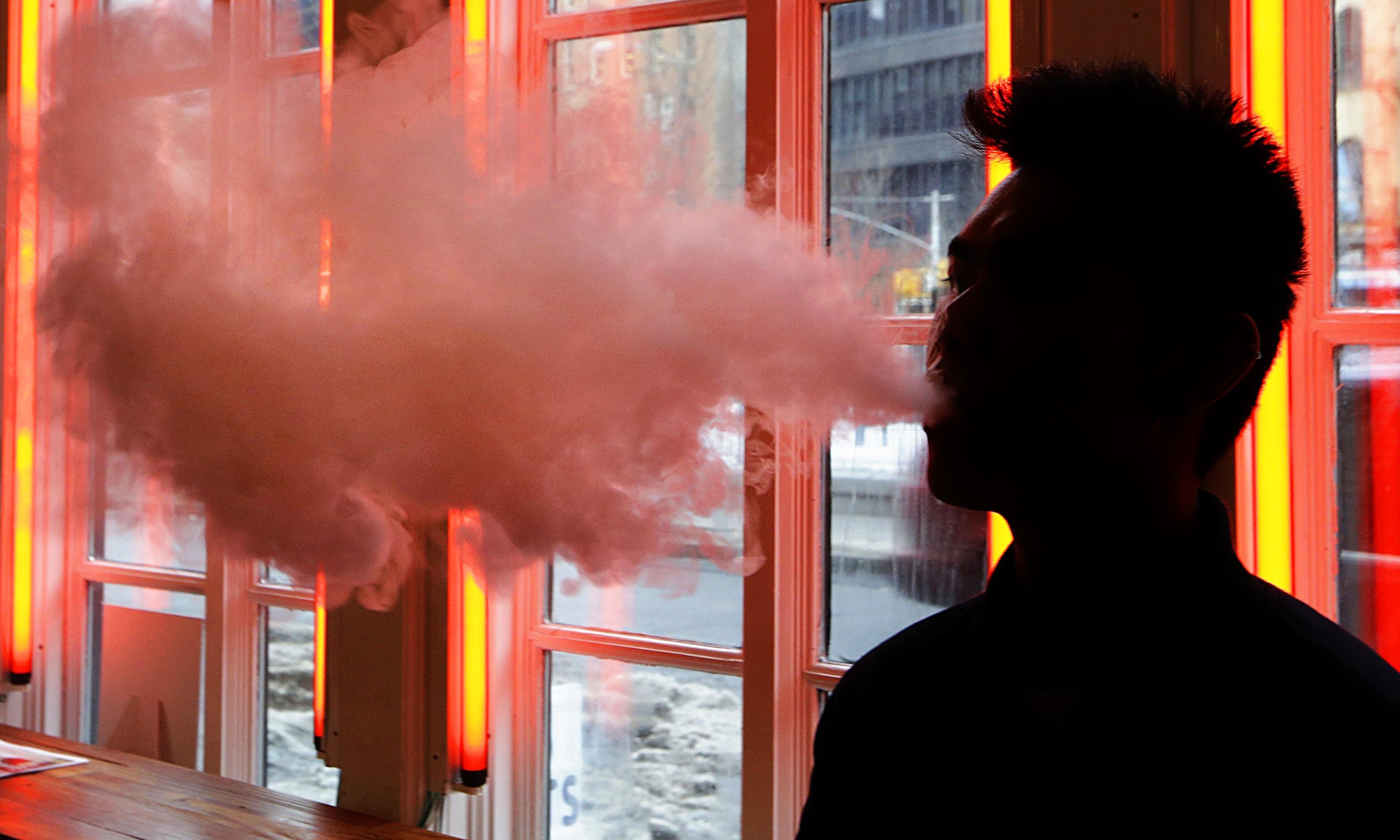 Australian health authorities on high alert after US vaping deaths