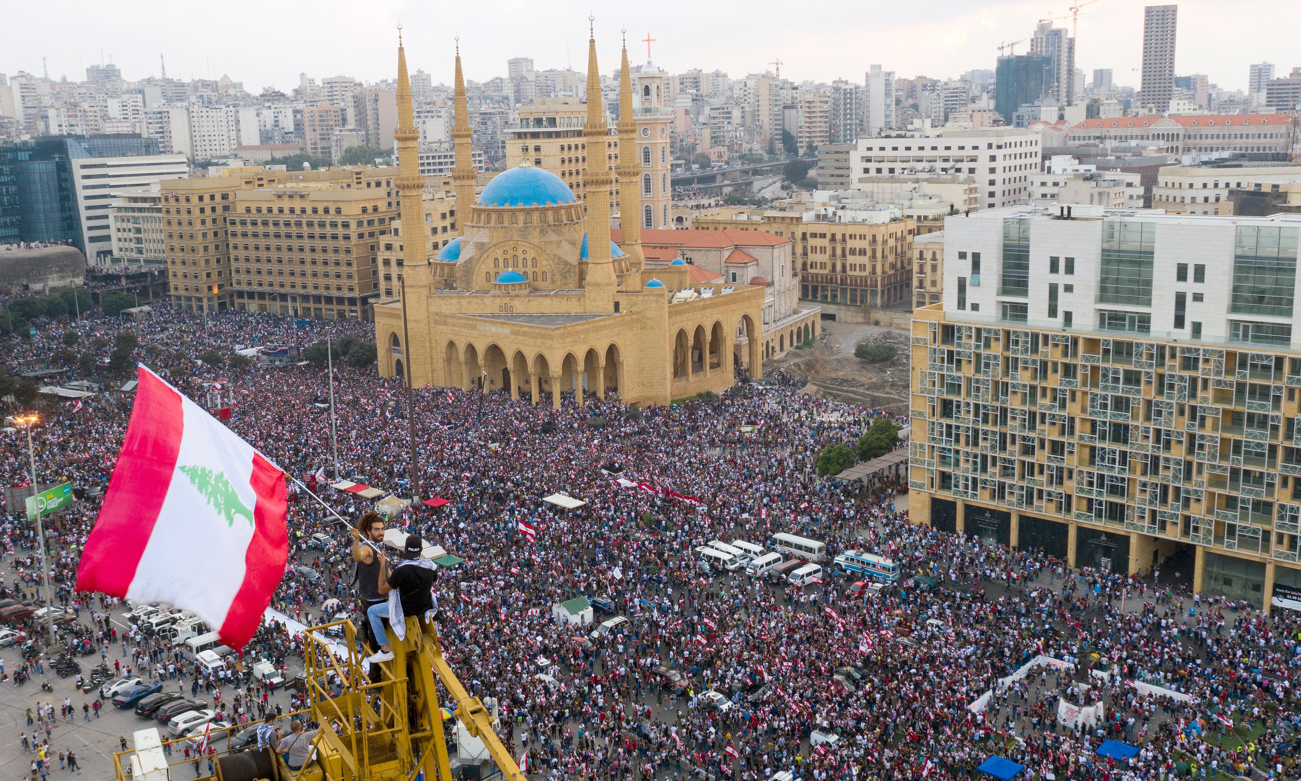 Lebanon's mass revolt against corruption and poverty continues