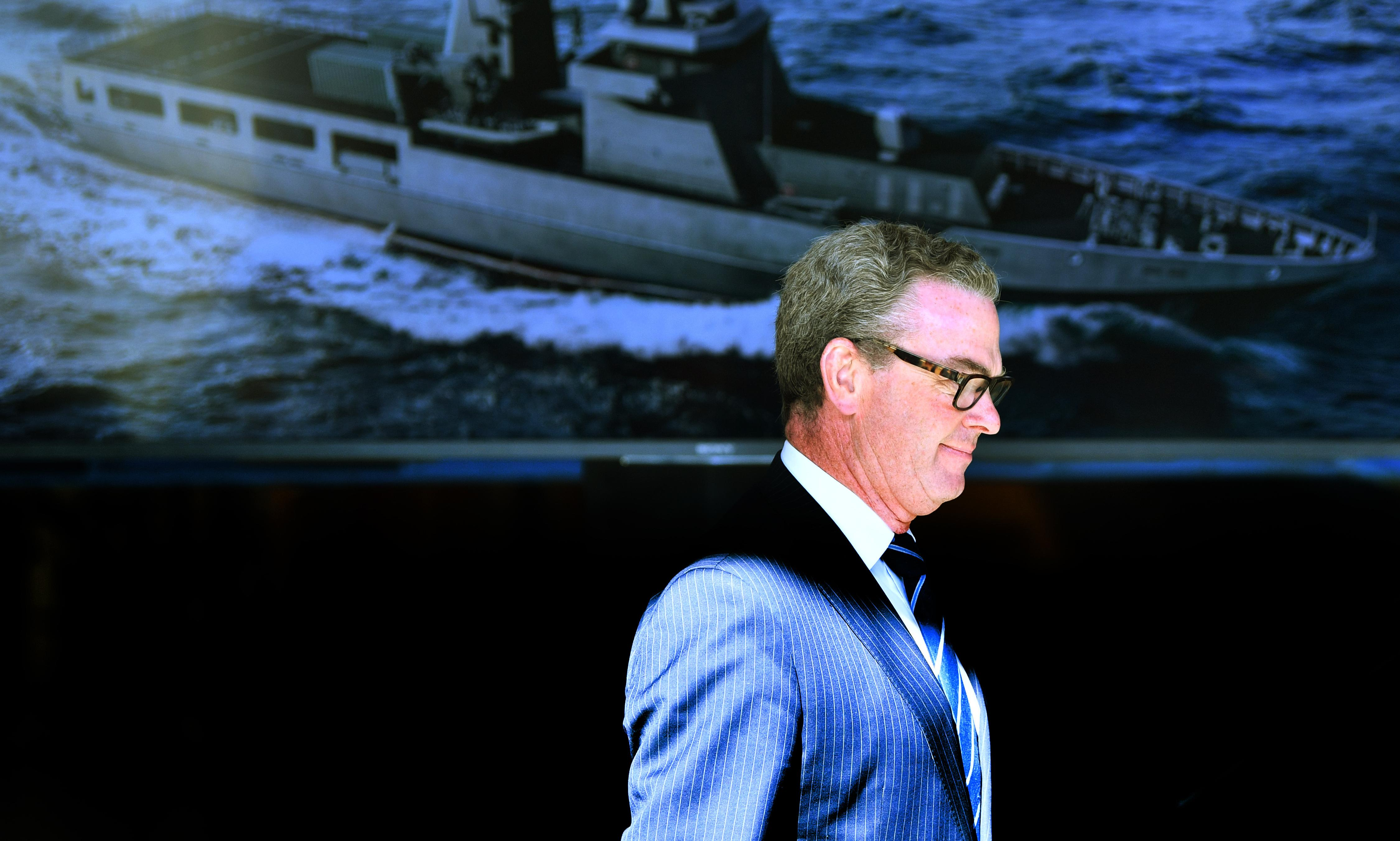 Christopher Pyne's firm lobbies for company that won $2.7m in defence contracts