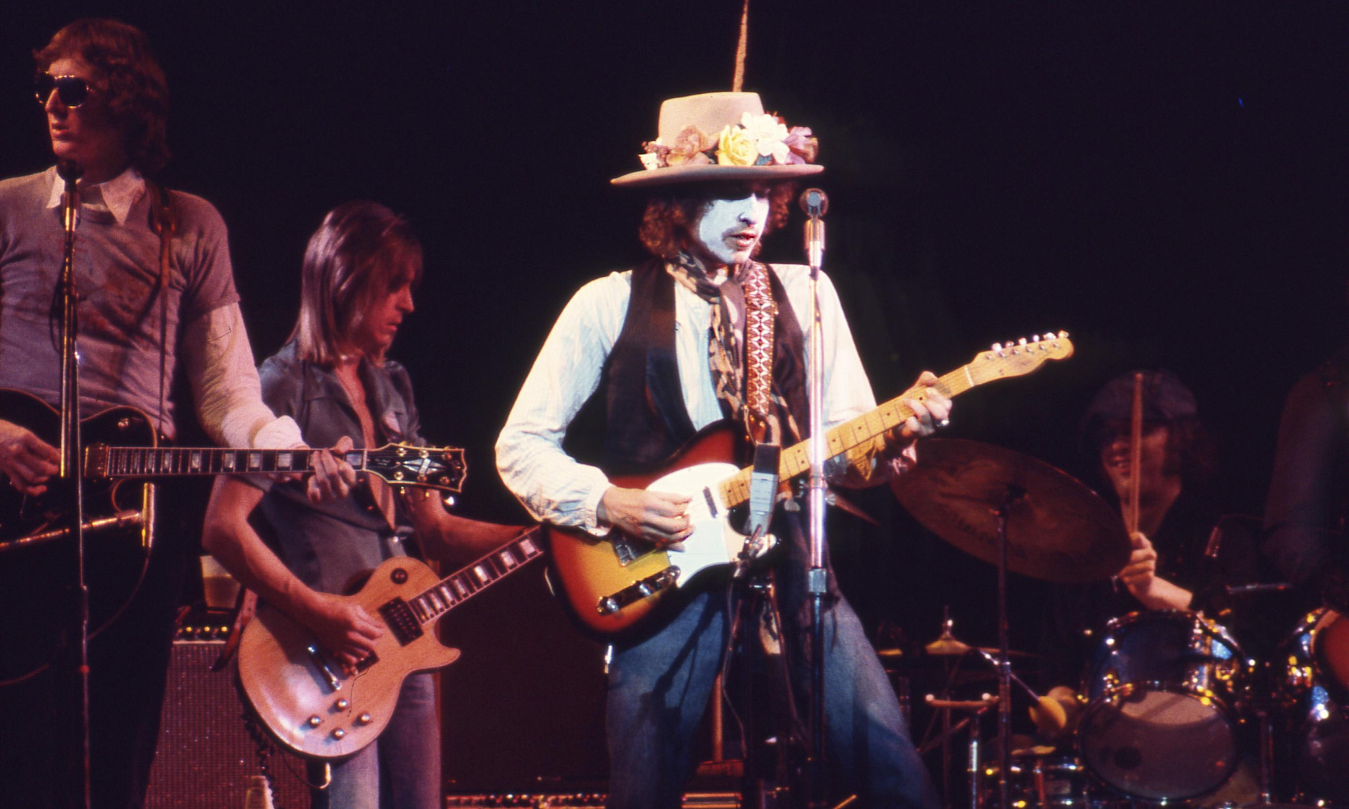 Rolling Thunder Revue: A Bob Dylan Story by Martin Scorsese review – passion on tour