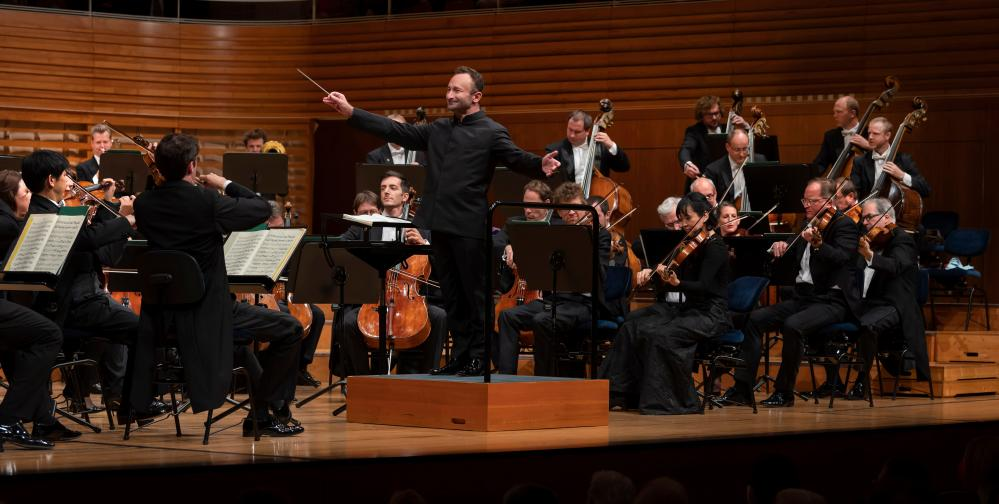Kirill Petrenko conducts the Berlin Philharmonic at the 2021 Lucerne festival.