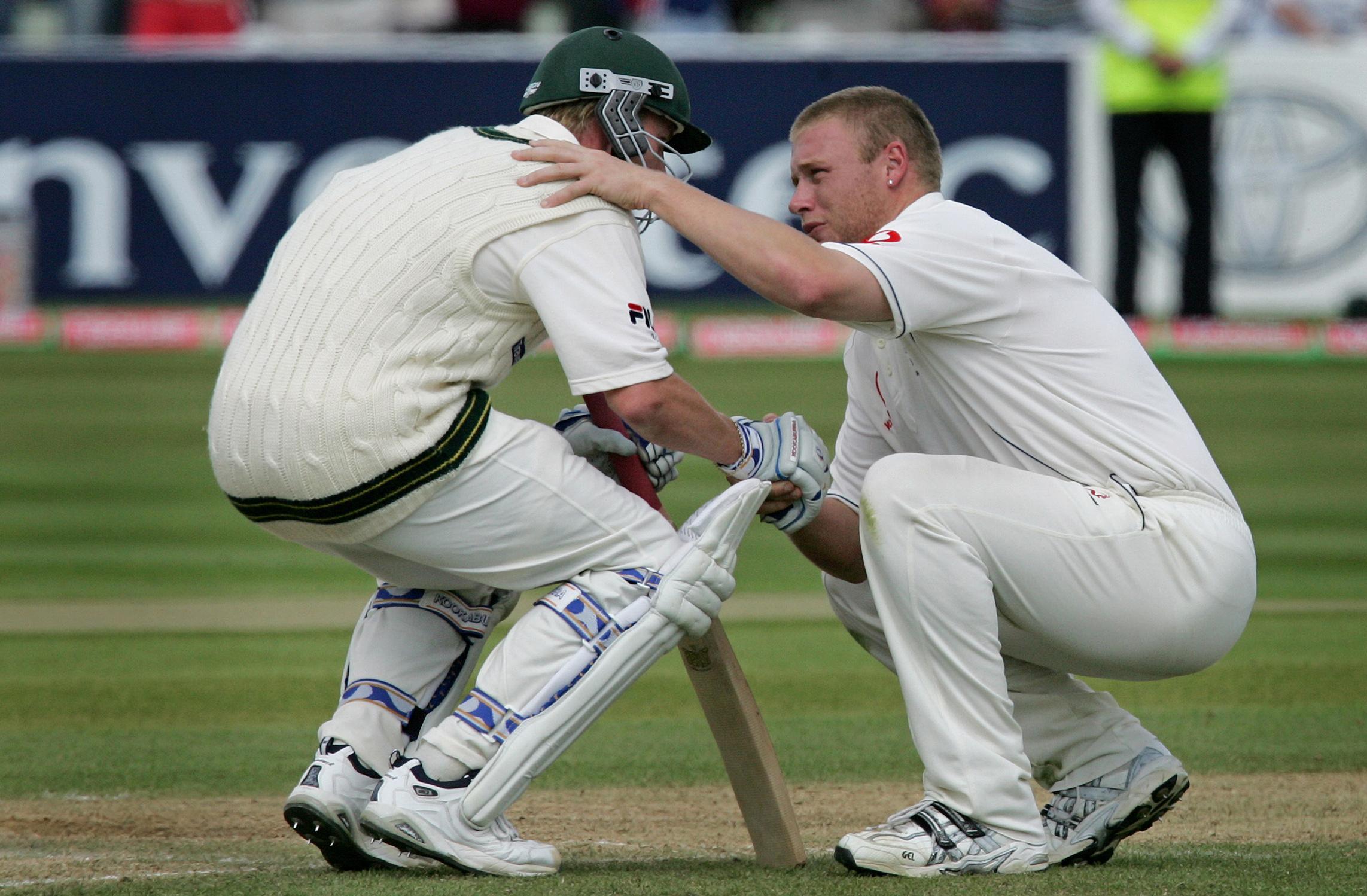 Buy a classic sport photograph: Freddie's humble handshake