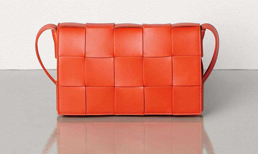 The Cassette bag, with the signature intrecciato leather, in red
