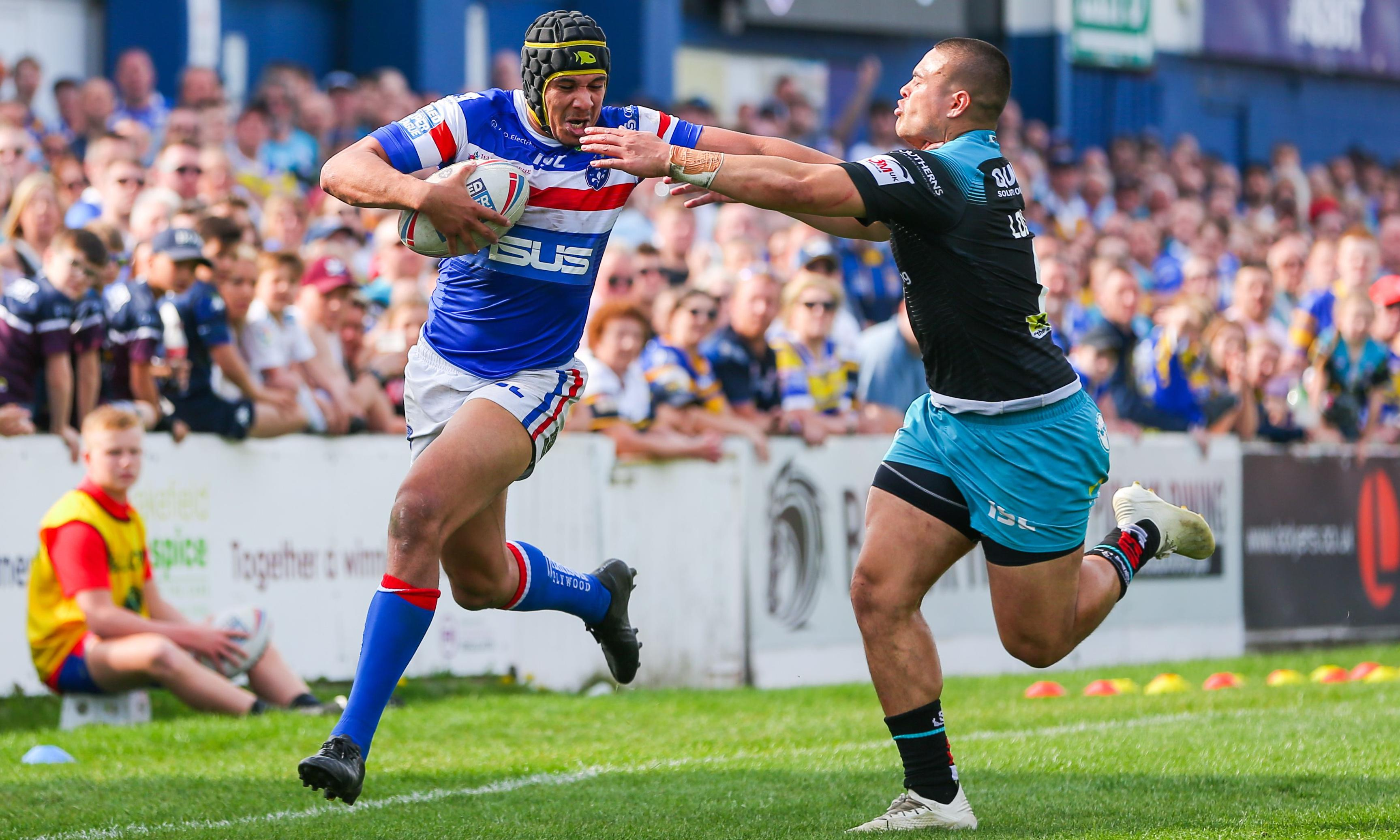 Wakefield delight coach Chris Chester with narrow win over Leeds