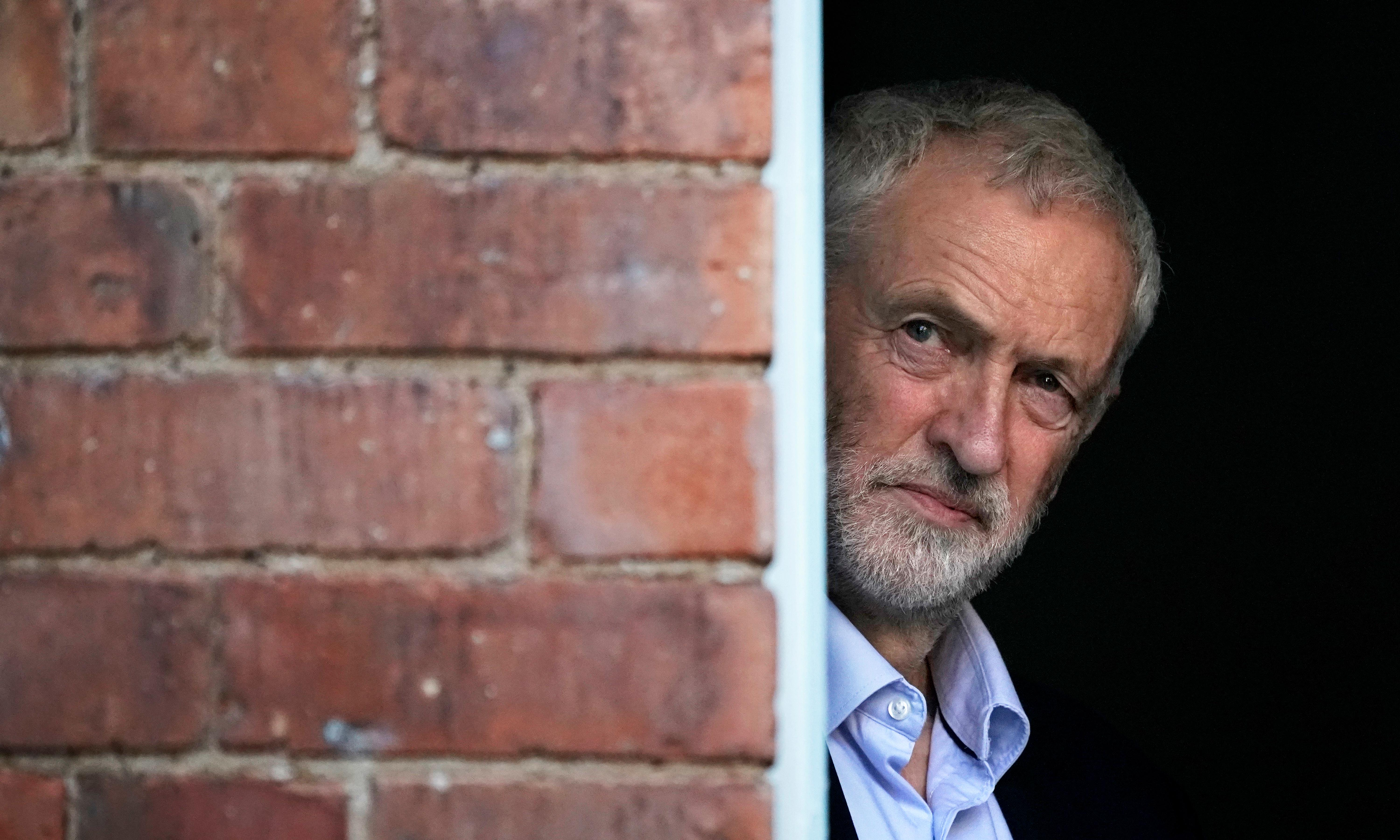 Corbyn told: change course before it's too late for Labour