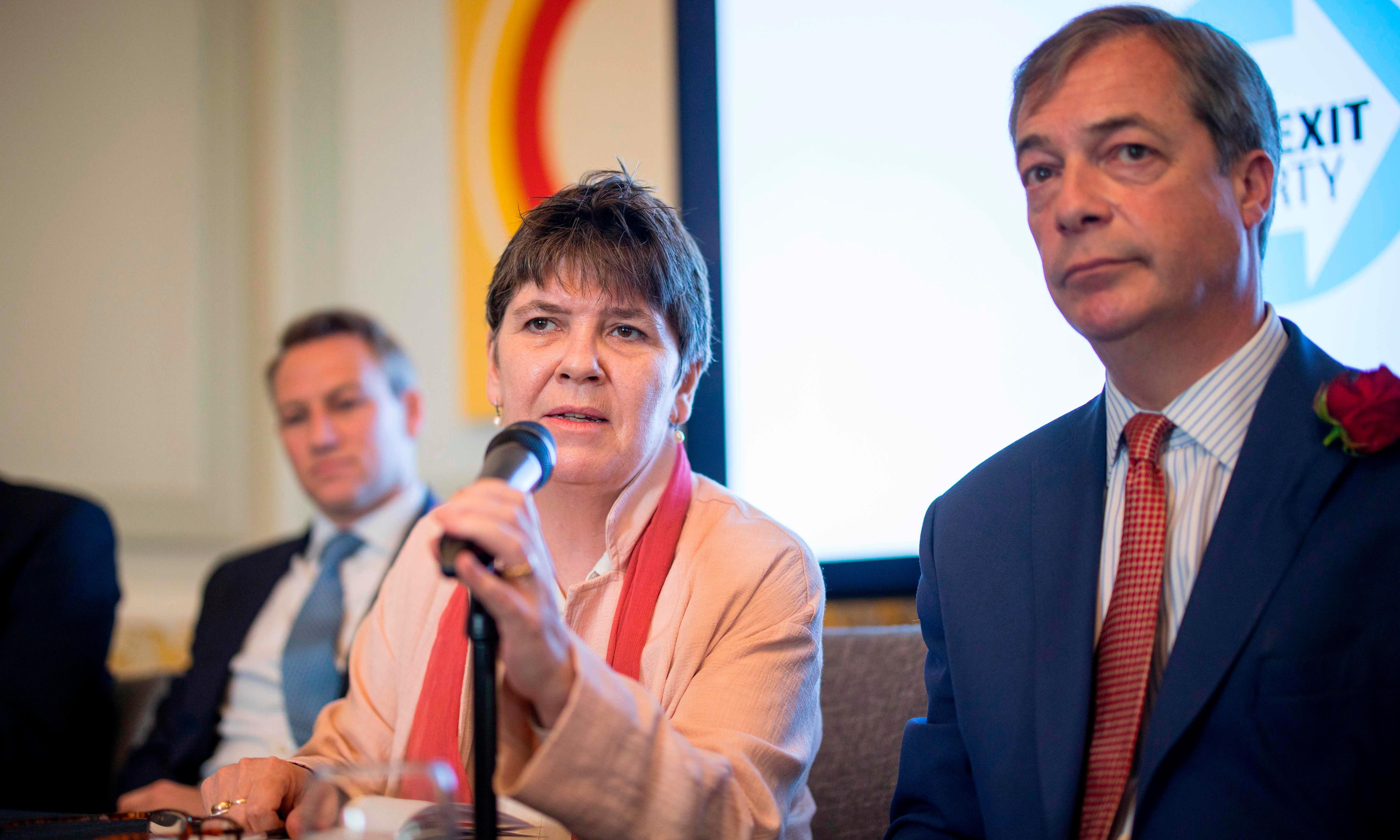 Farage's new recruits join class struggle for the glorification of Nige