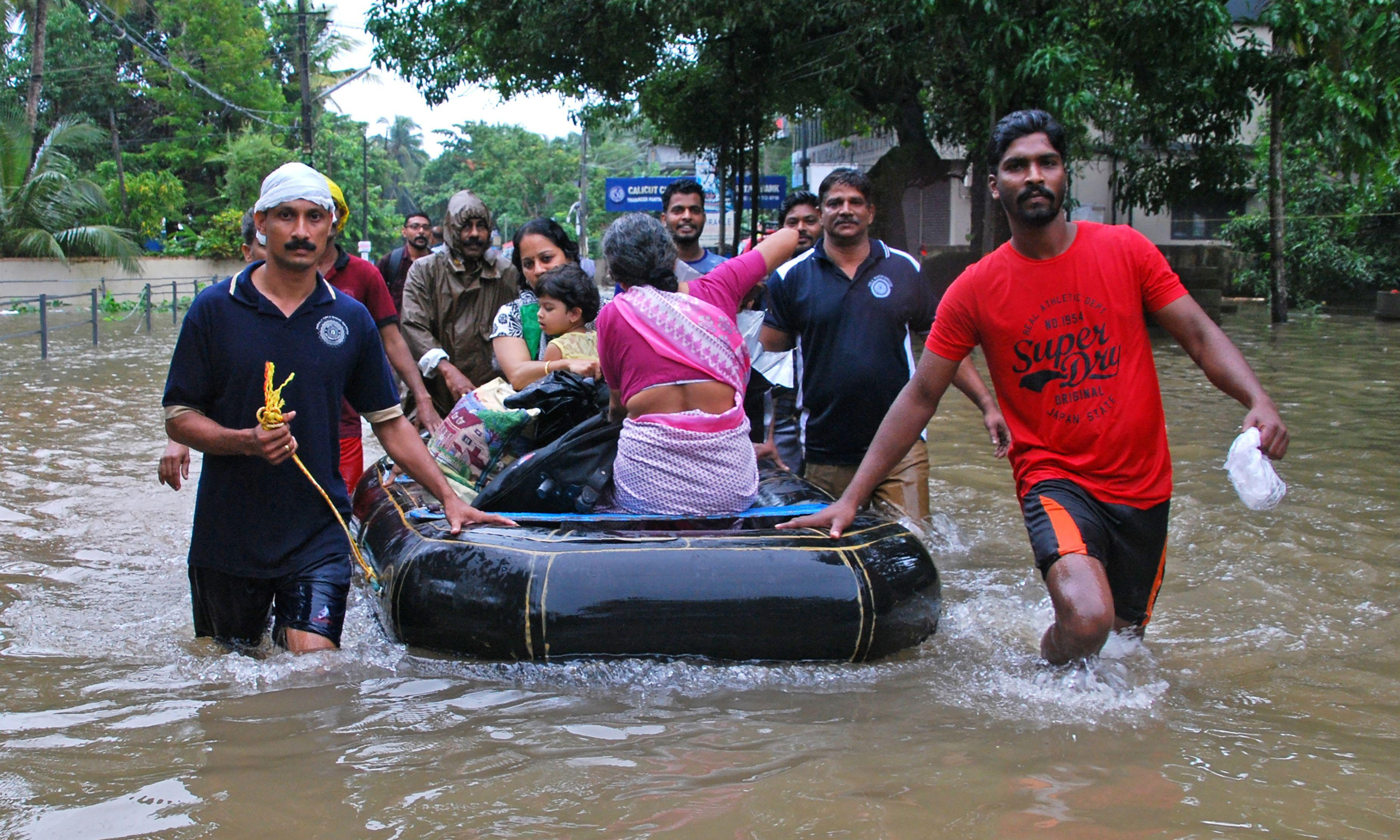 Kerala floods: death toll reaches 164 in worst monsoon in nearly a century