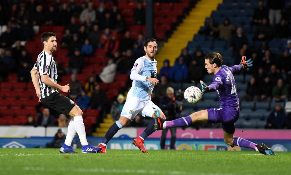An offside Danny Graham shoots wide.
