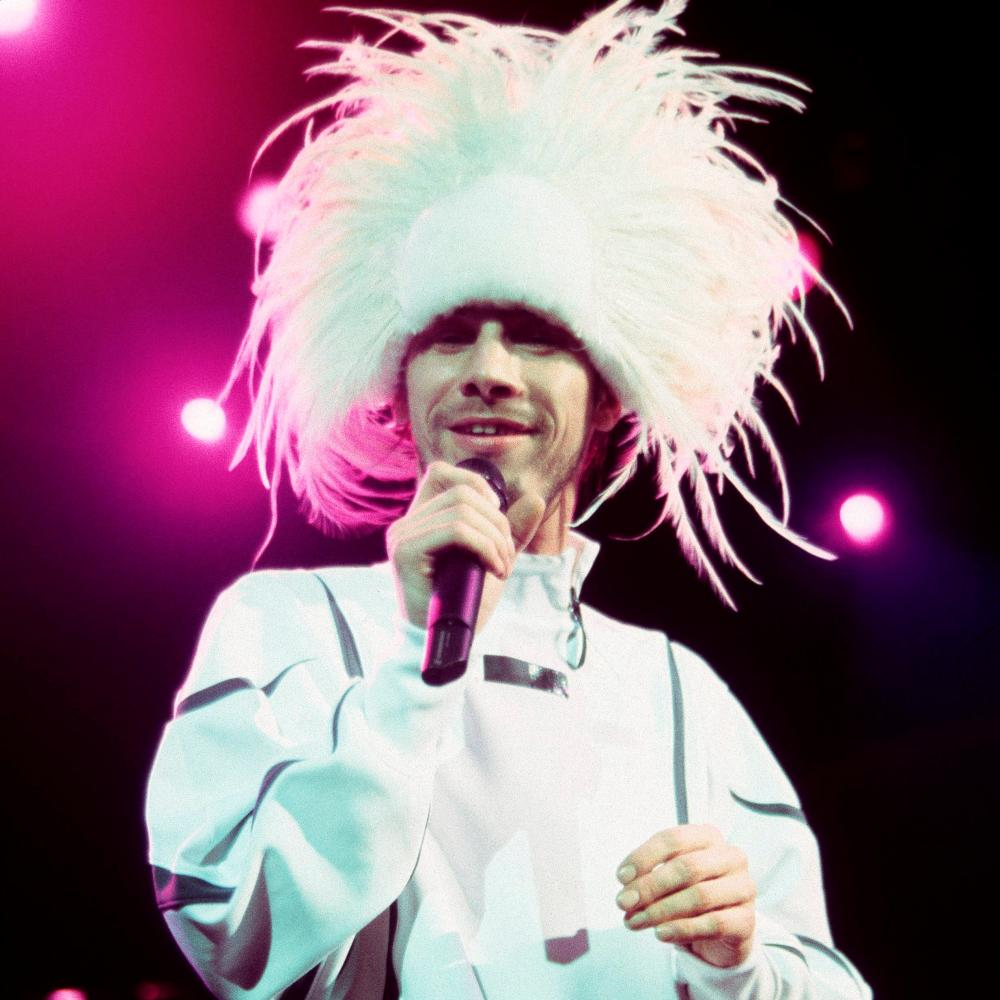 Hat-wearing singer Jamiroquai in 1999.