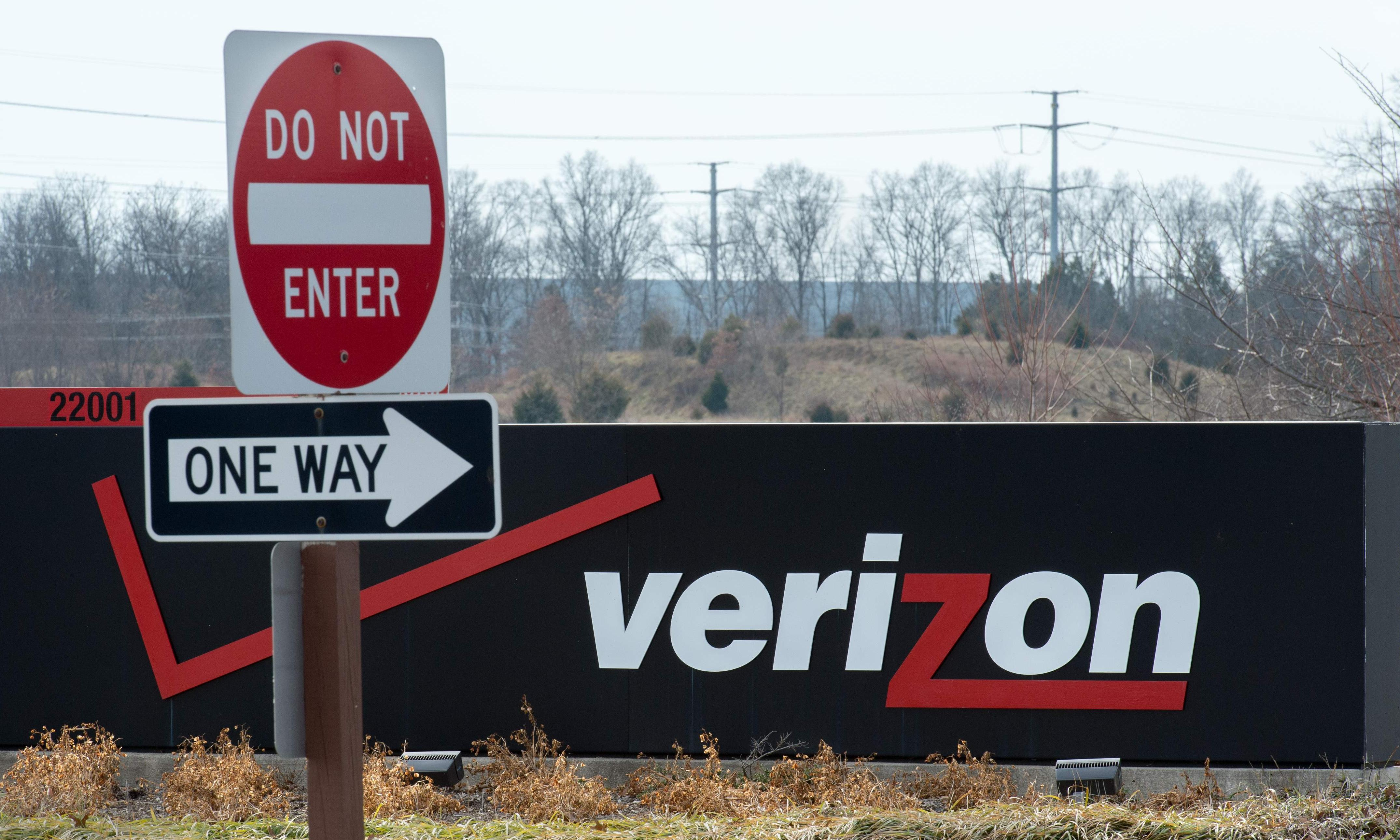 Yahoo parent Verizon cuts value of media brands by $4.6bn