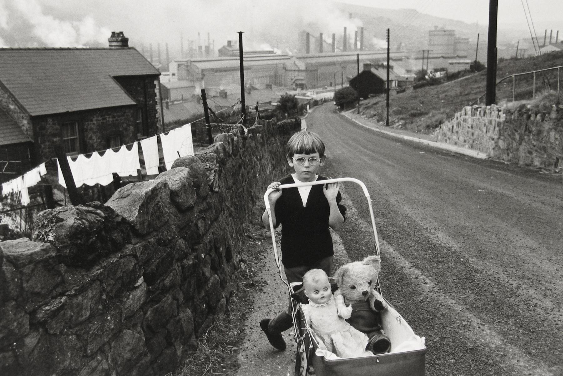 The big picture: fresh-faced innocence in the Ebbw Valley