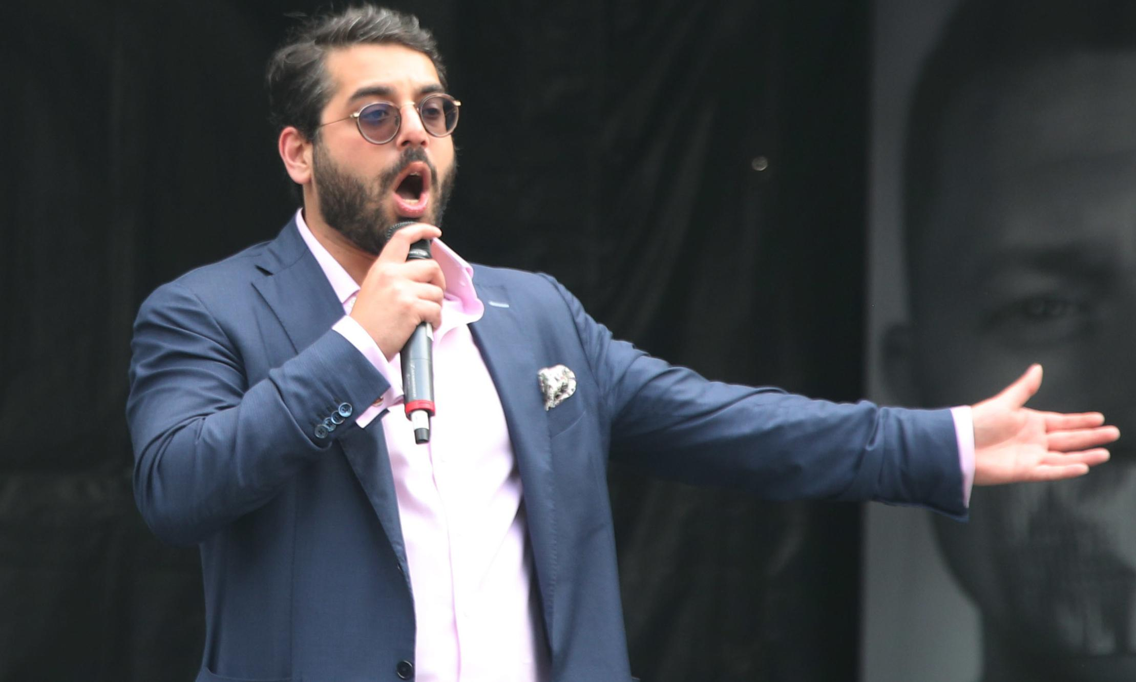 Labor wants Australia to refuse visa for 'career bigot' Raheem Kassam