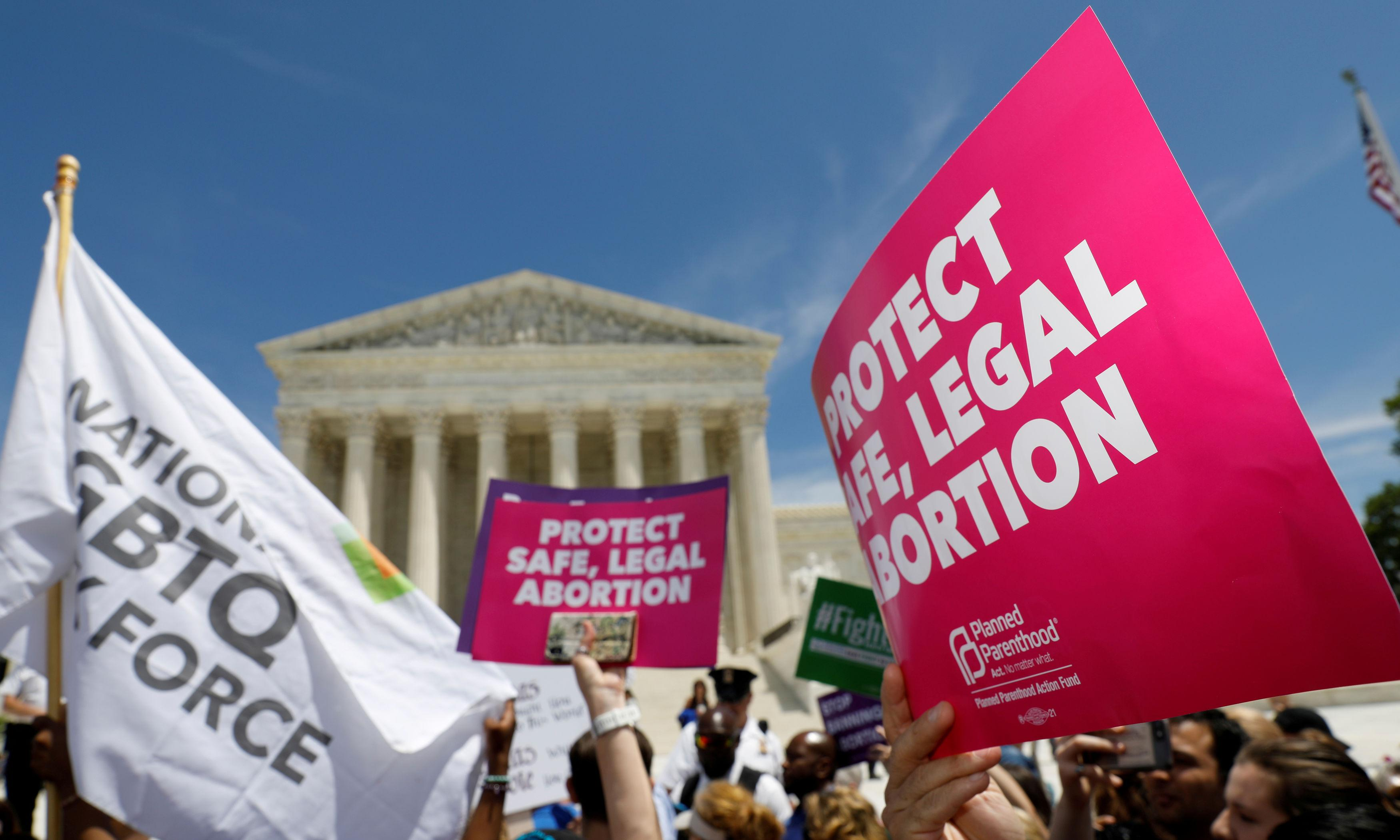 Abortion forum: 2020 Democrats to take part in first US debate on reproductive rights