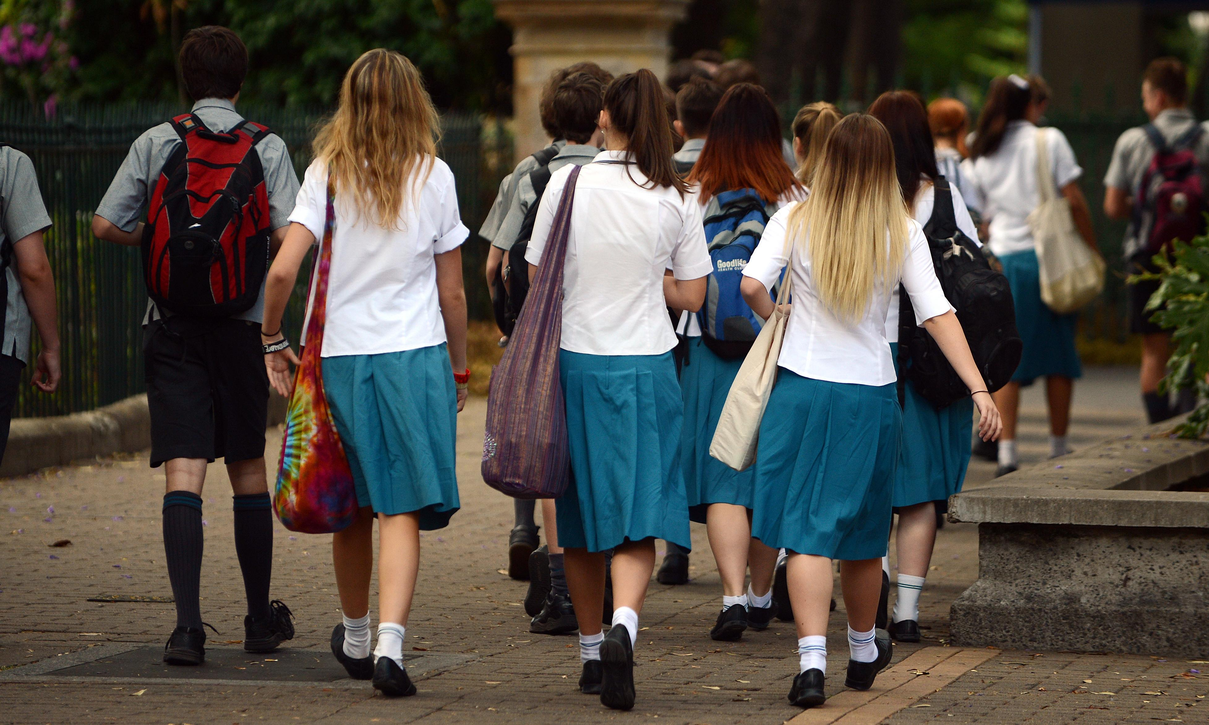 Call for national mobile phone ban in public schools to face resistance