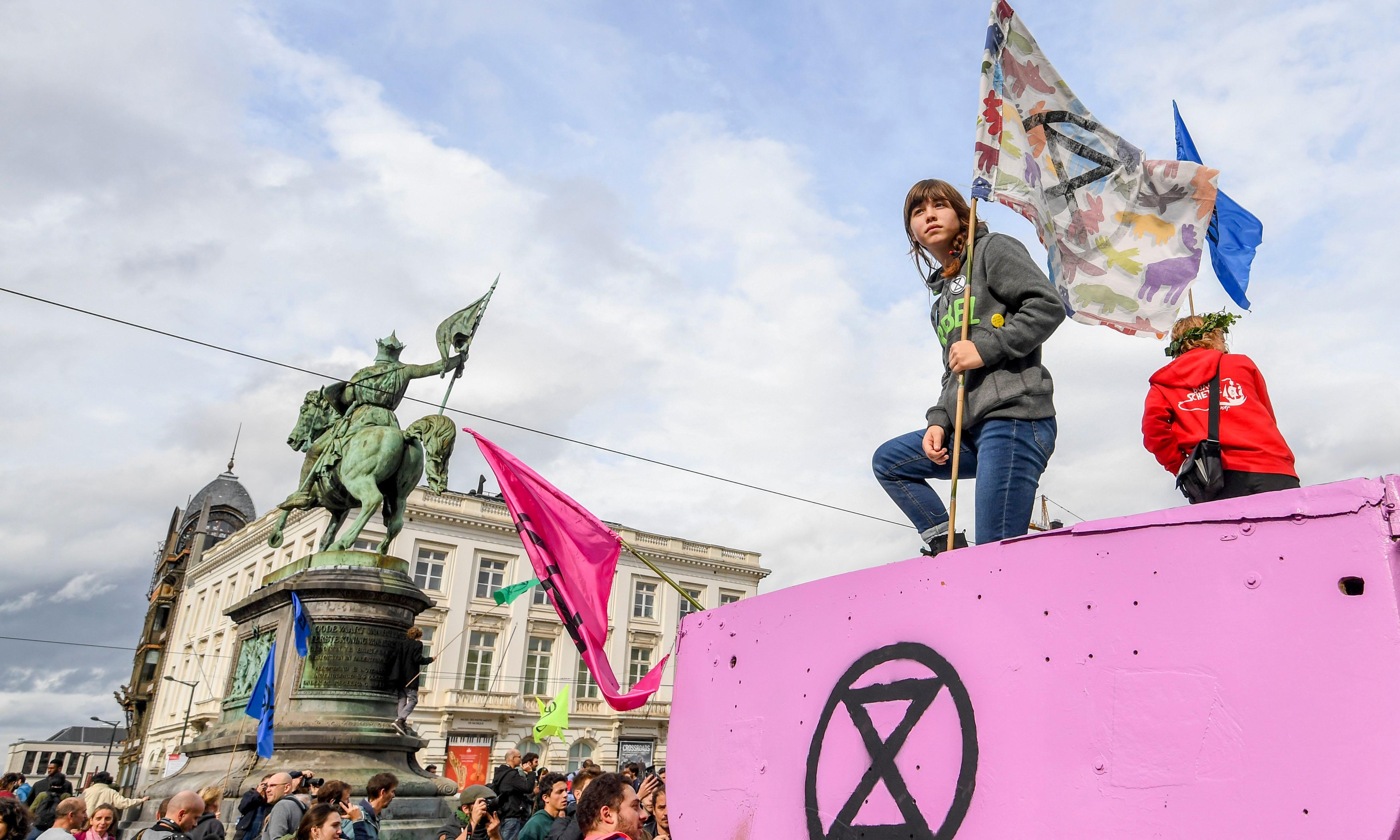 Climate rebels open new fronts across capital as protests escalate