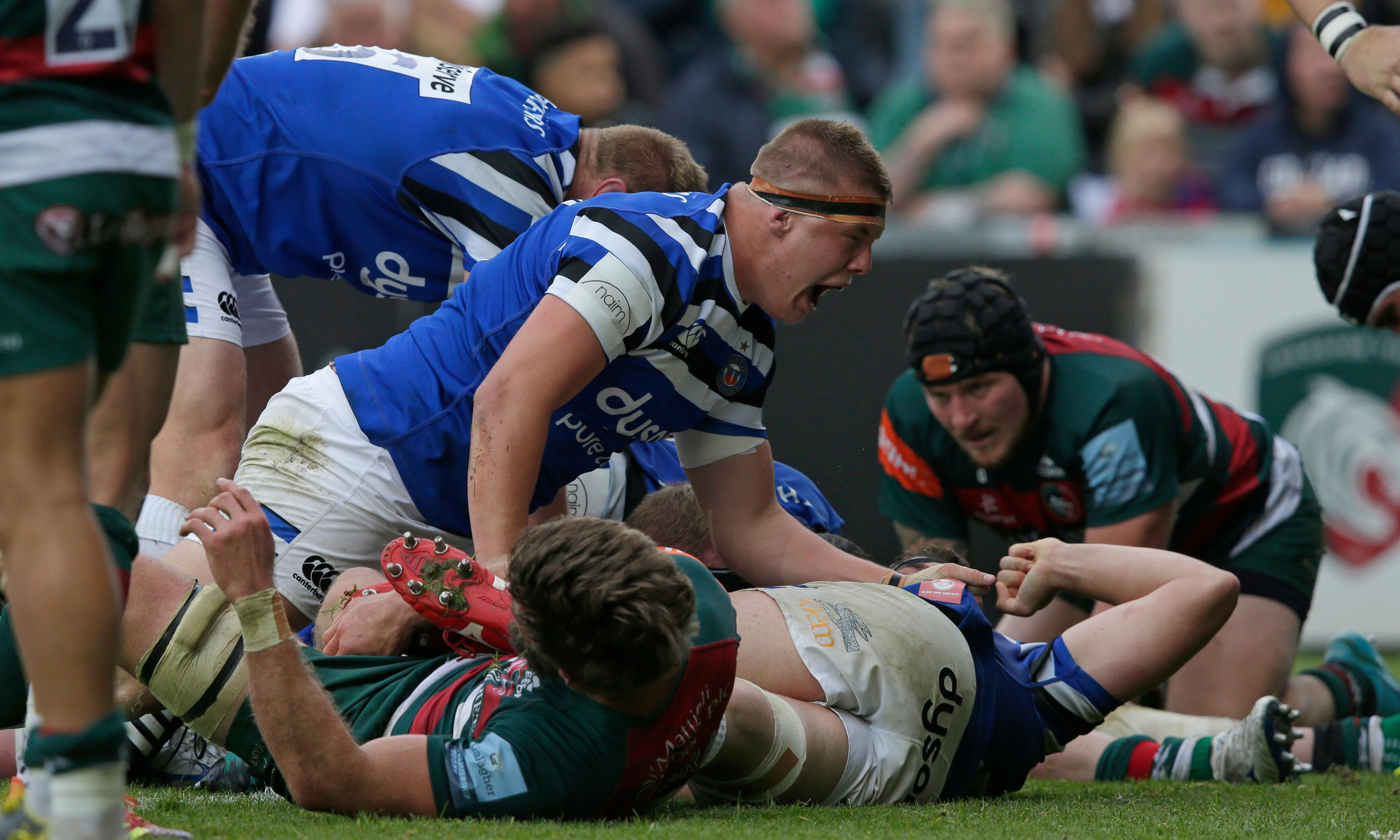Rugby roundup: Bath have last word at Leicester on day of thrillers