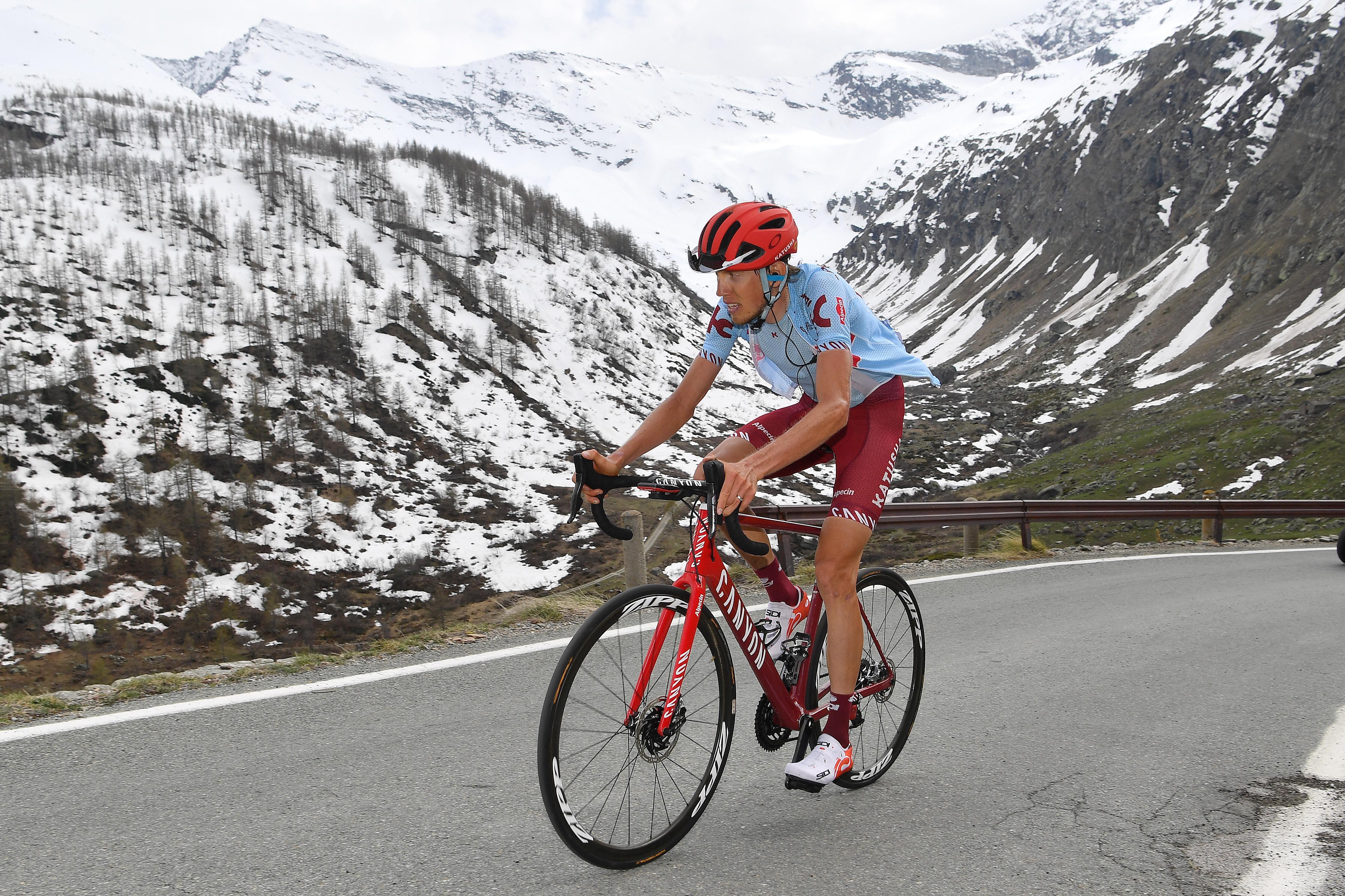 Giro d'Italia: Ilnur Zakarin climbs into contention with stage 13 win
