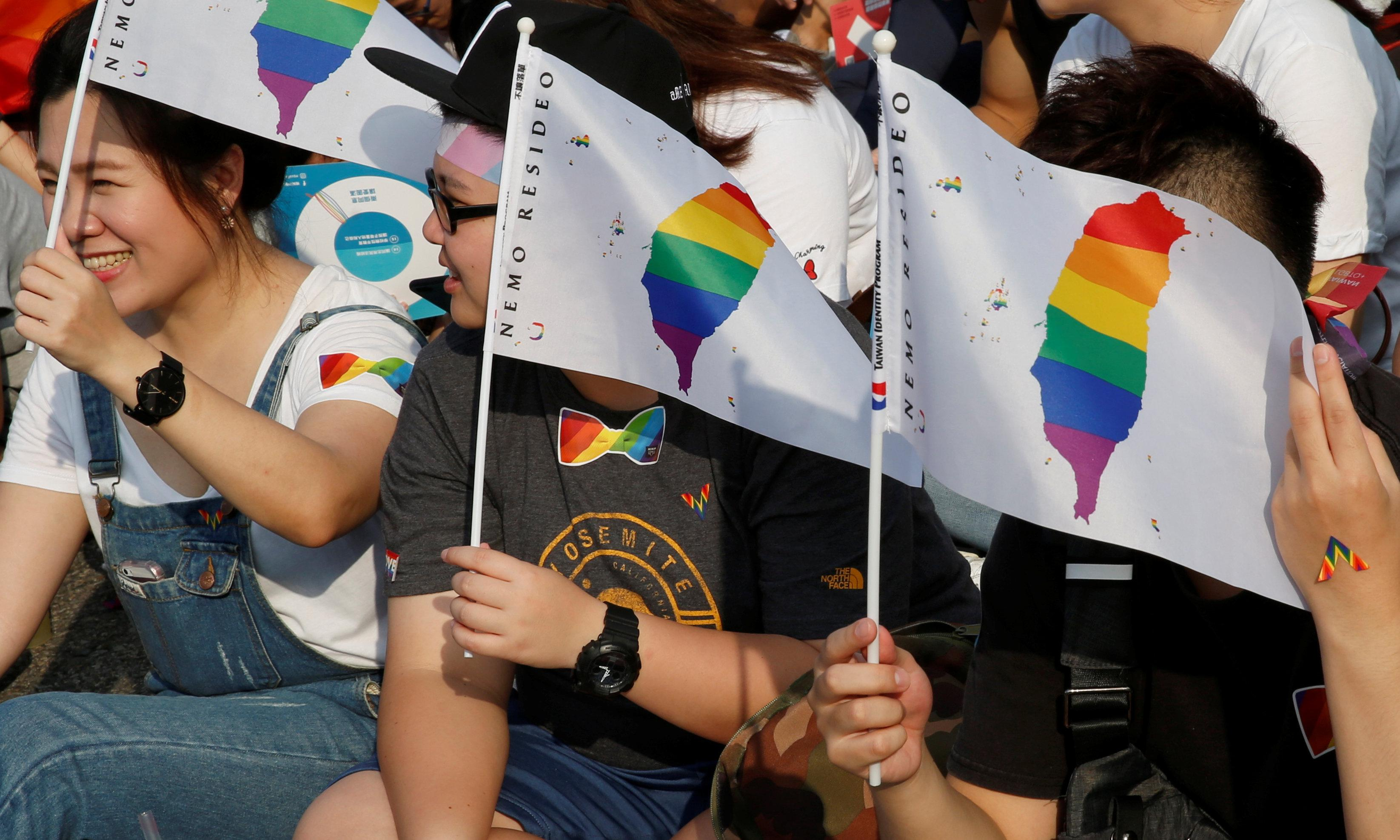 Taiwan proposes Asia's first draft law on marriage equality
