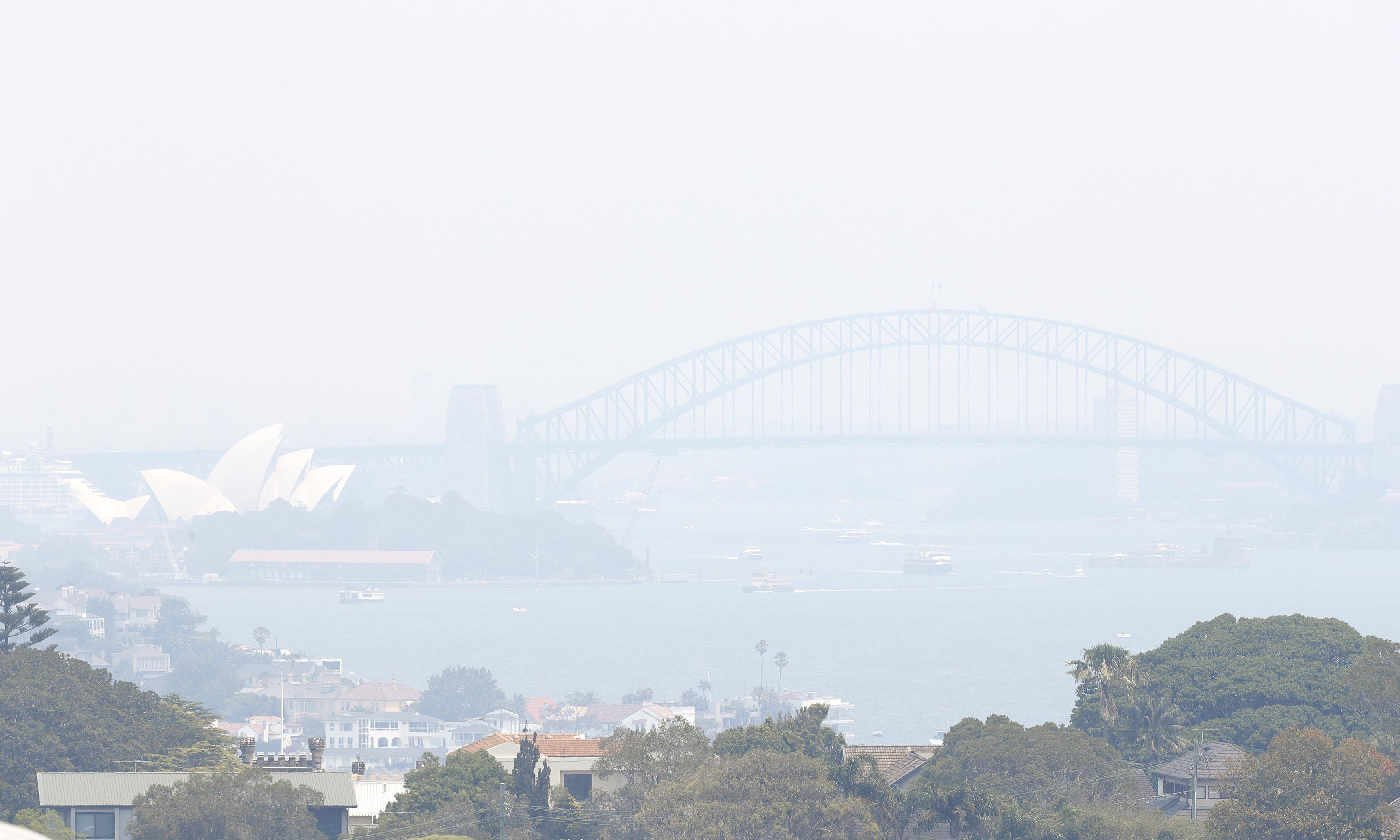 From disbelief to dread: the dismal new routine of life in Sydney's smoke haze