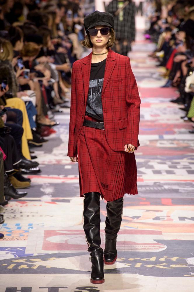 Christian Dior skirt suit, AW18, Paris fashion week.
