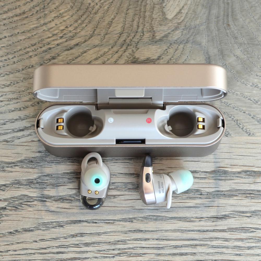Sony WF-1000X  - wireless earbuds