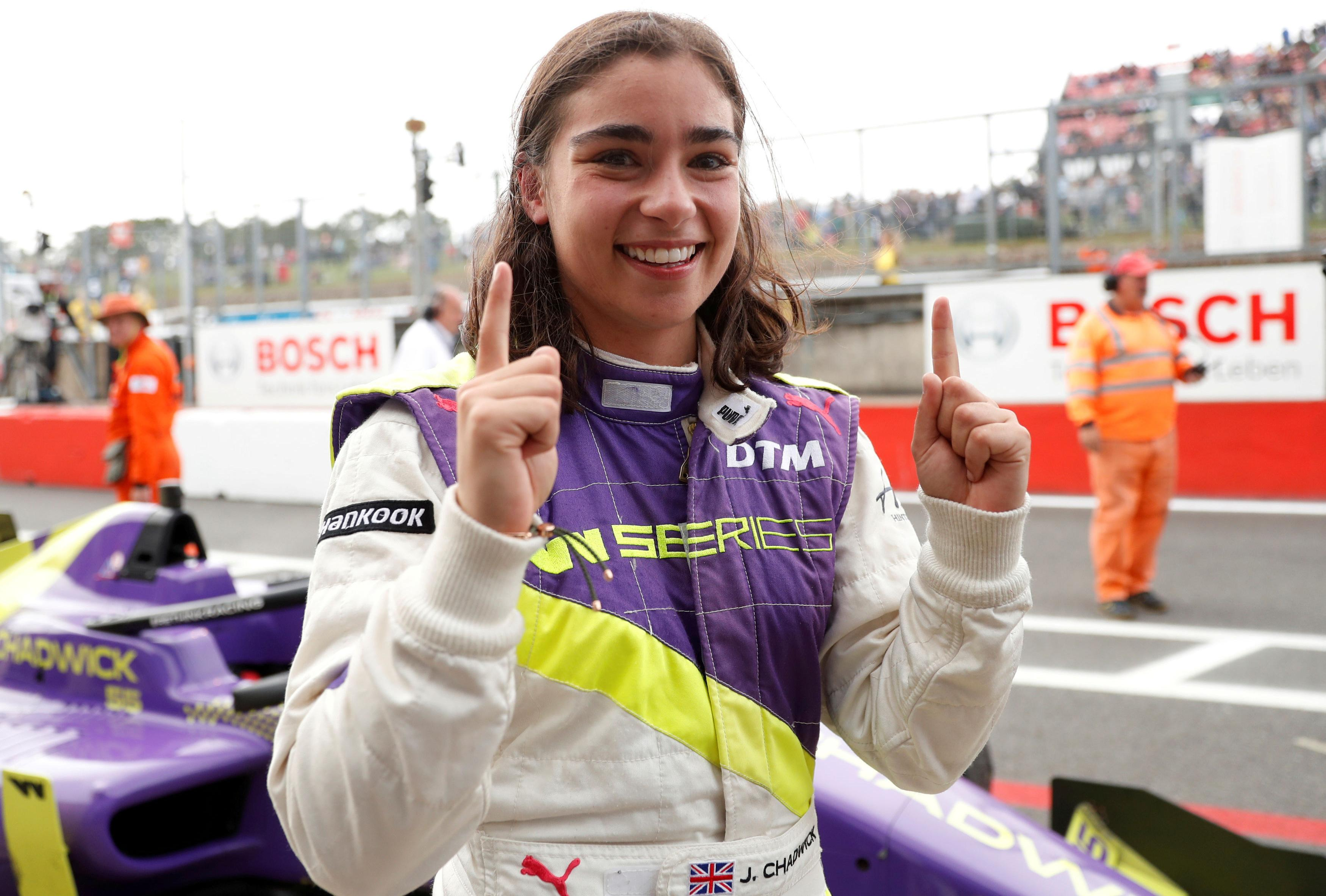 Jamie Chadwick inspired by Lewis Hamilton in ambition to compete in F1