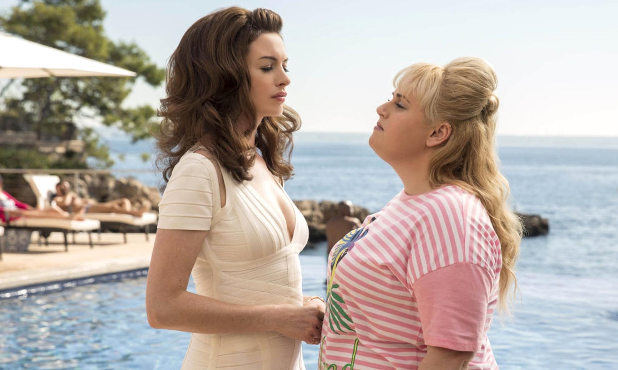 The Hustle review – Anne Hathaway kills the comedy in dire scam caper