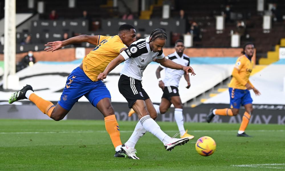 Bobby Decordova-Reid scores for Fulham