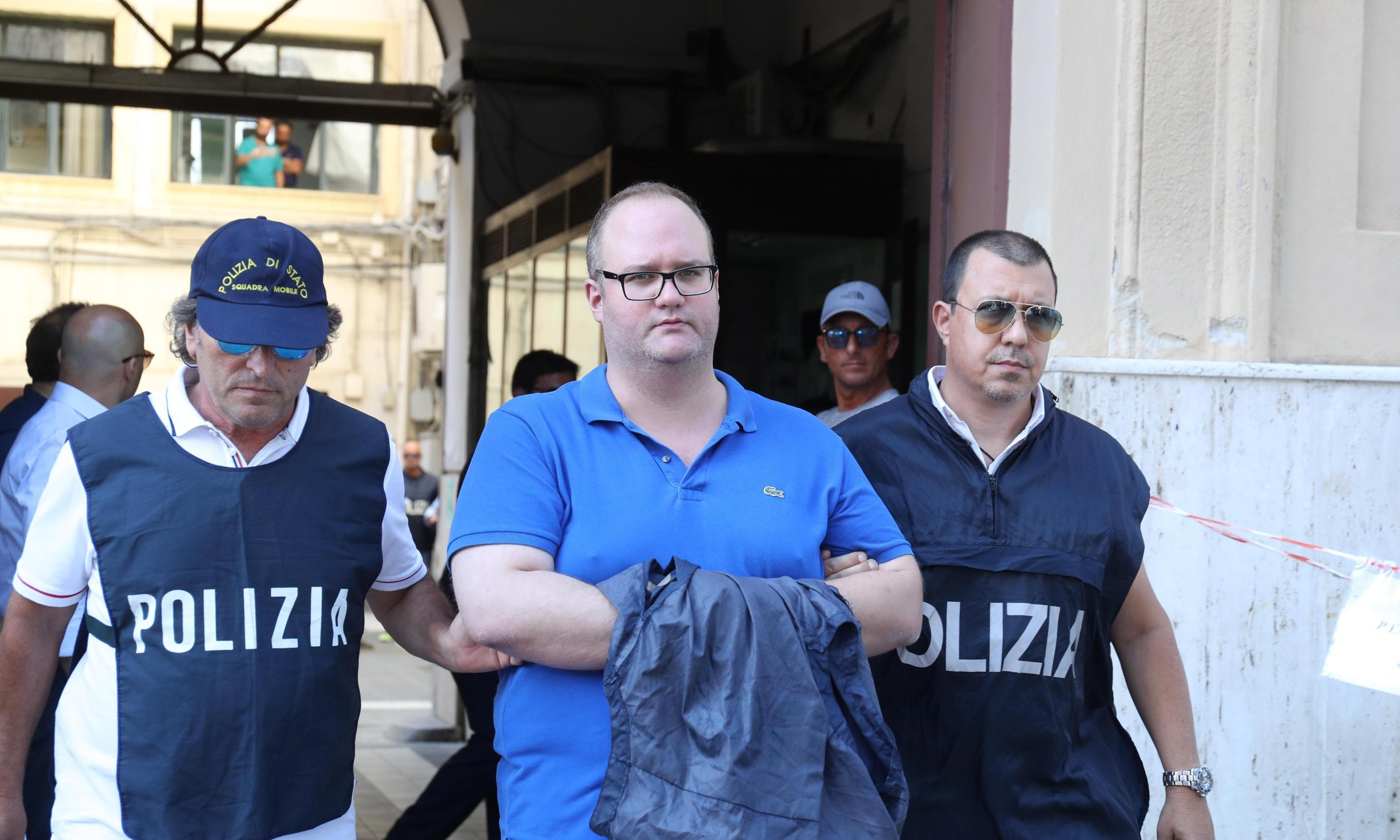 FBI and Italian police arrest 19 people in Sicily and US in mafia investigation