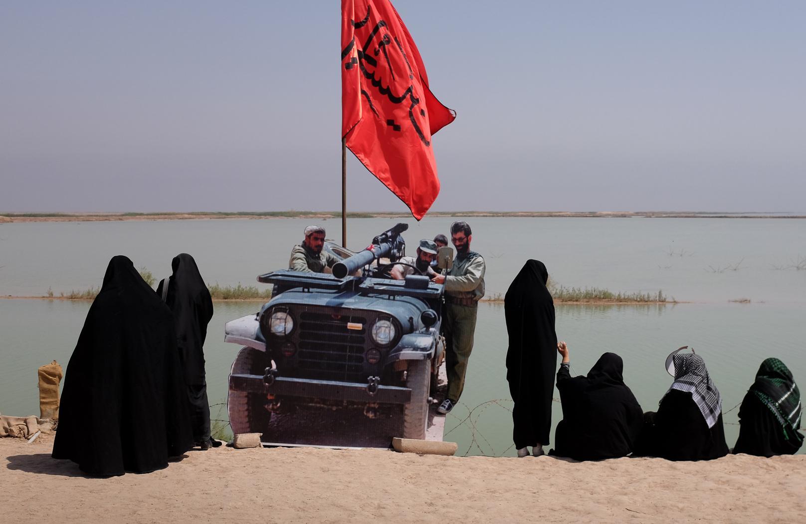 'Passengers of light' visit Iran-Iraq war memorials – a photo essay
