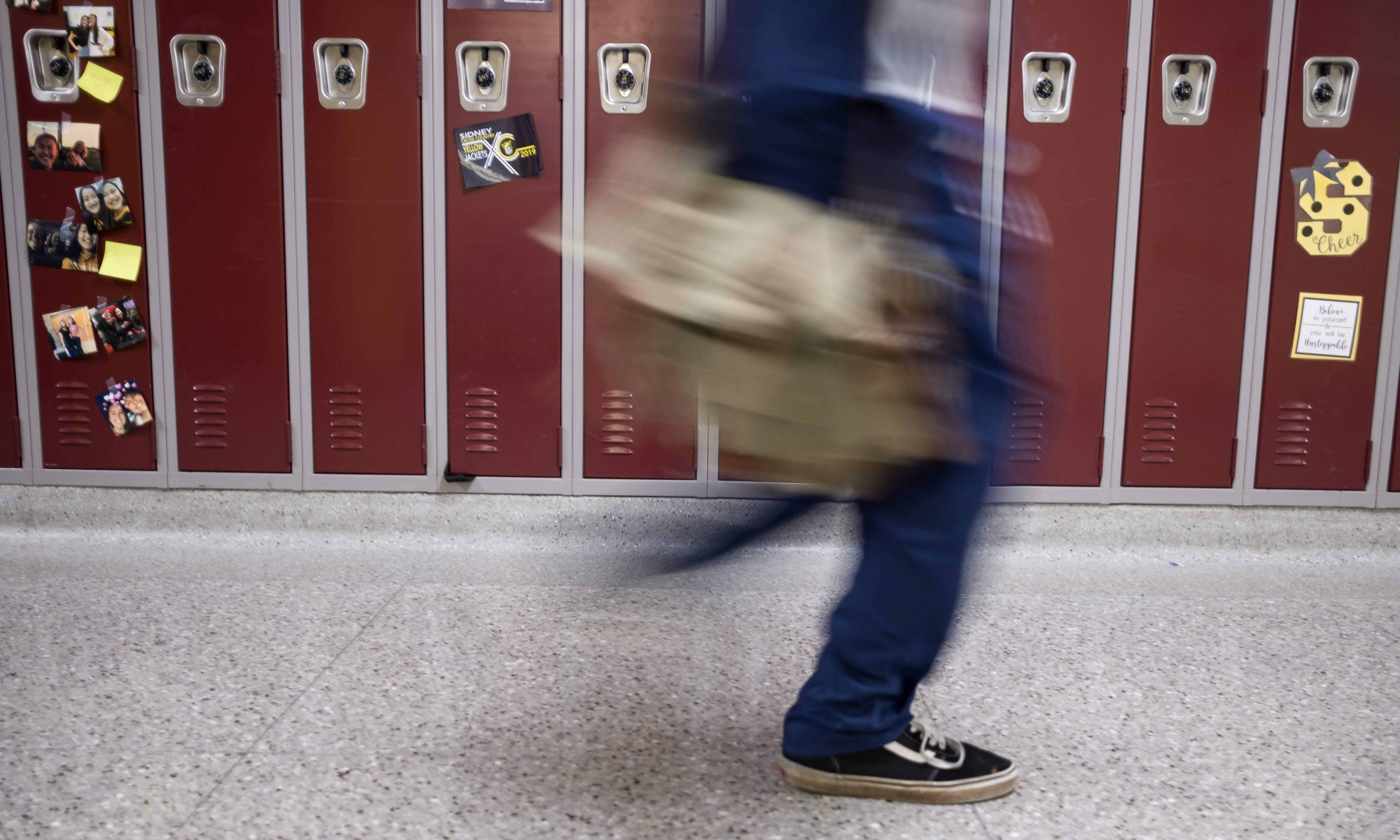 LA high schools to open sexual and mental health clinics in pioneering program