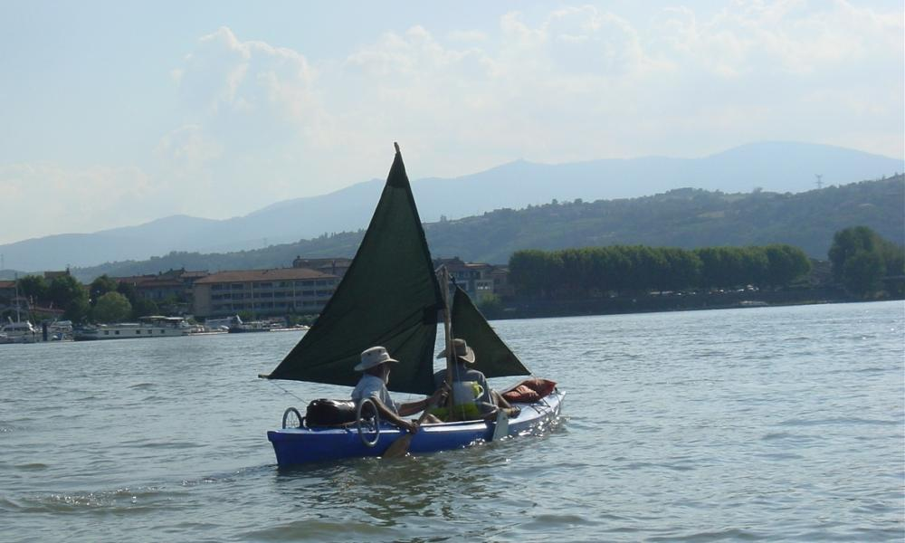 Our contributor aboard his adapted canoe in France.