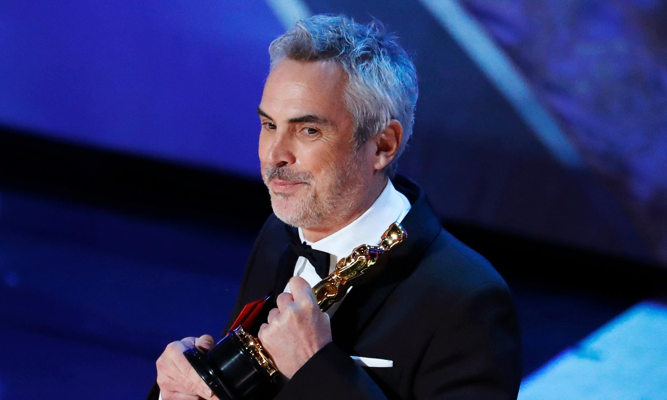 Alfonso Cuarón wins Oscar for best director for Roma